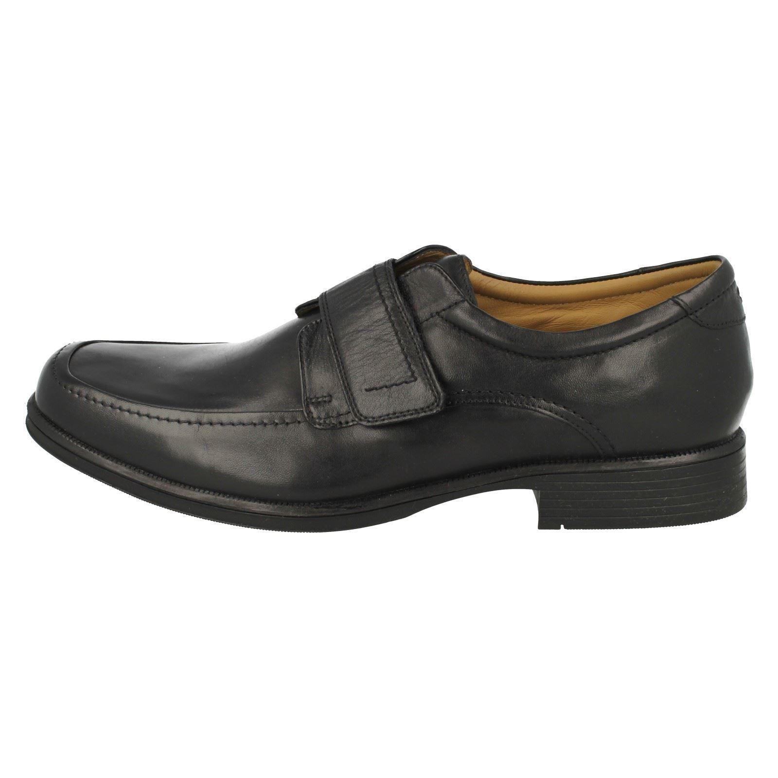 Mens-Clarks-Hook-and-Loop-Riptape-Fastening-Shoes-039-Hook-Roll-039