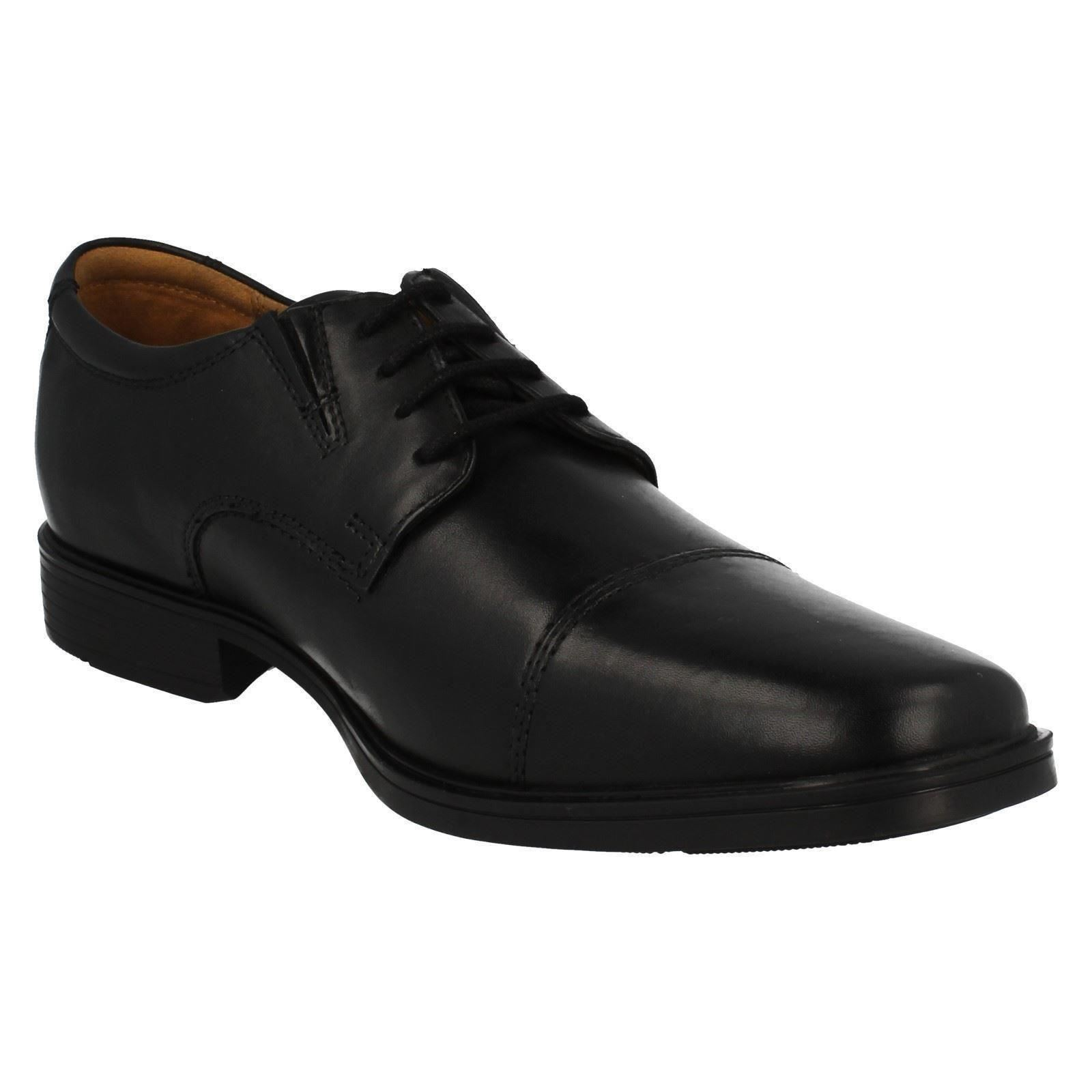 Mens-Clarks-Formal-Lace-Up-Shoes-Tilden-Cap thumbnail 3
