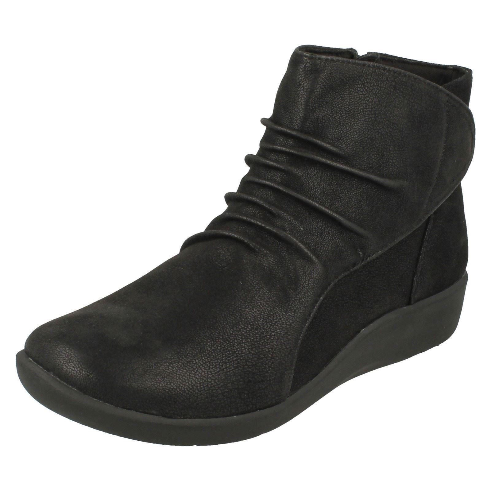 Chell di Black Sillian Steppers Cloud Boots Clarks Ladies qY4wn