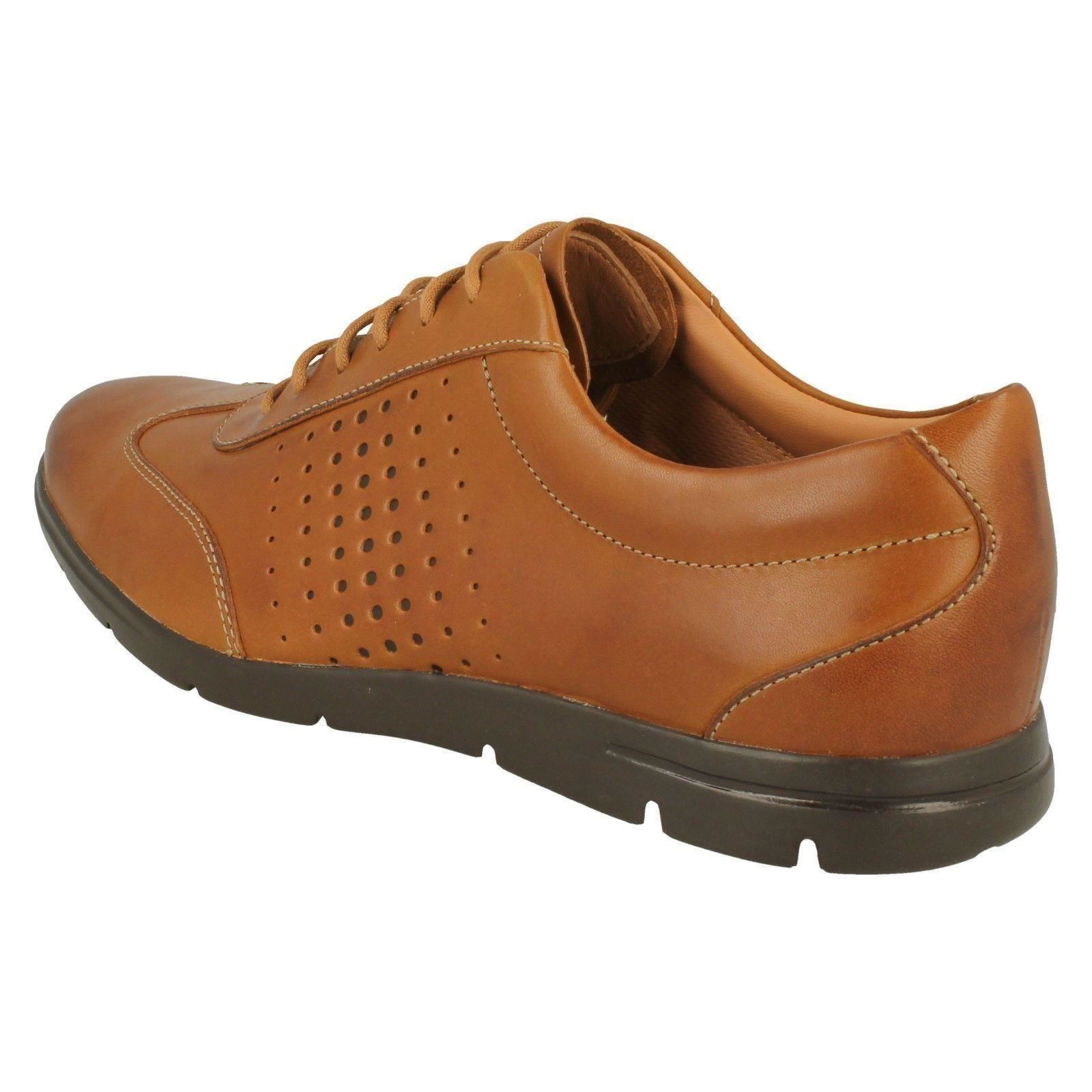 Mens Clarks Casual Lace Up Shoe Vennor Vibe