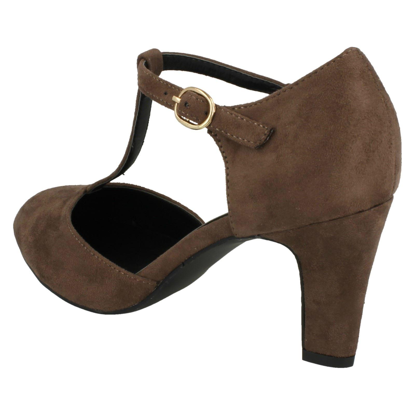Ladies-Anne-Michelle-T-Bar-Smart-Shoes thumbnail 40