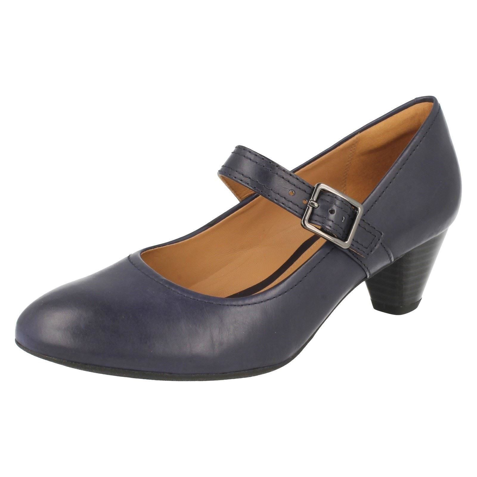 clarks womens navy shoes