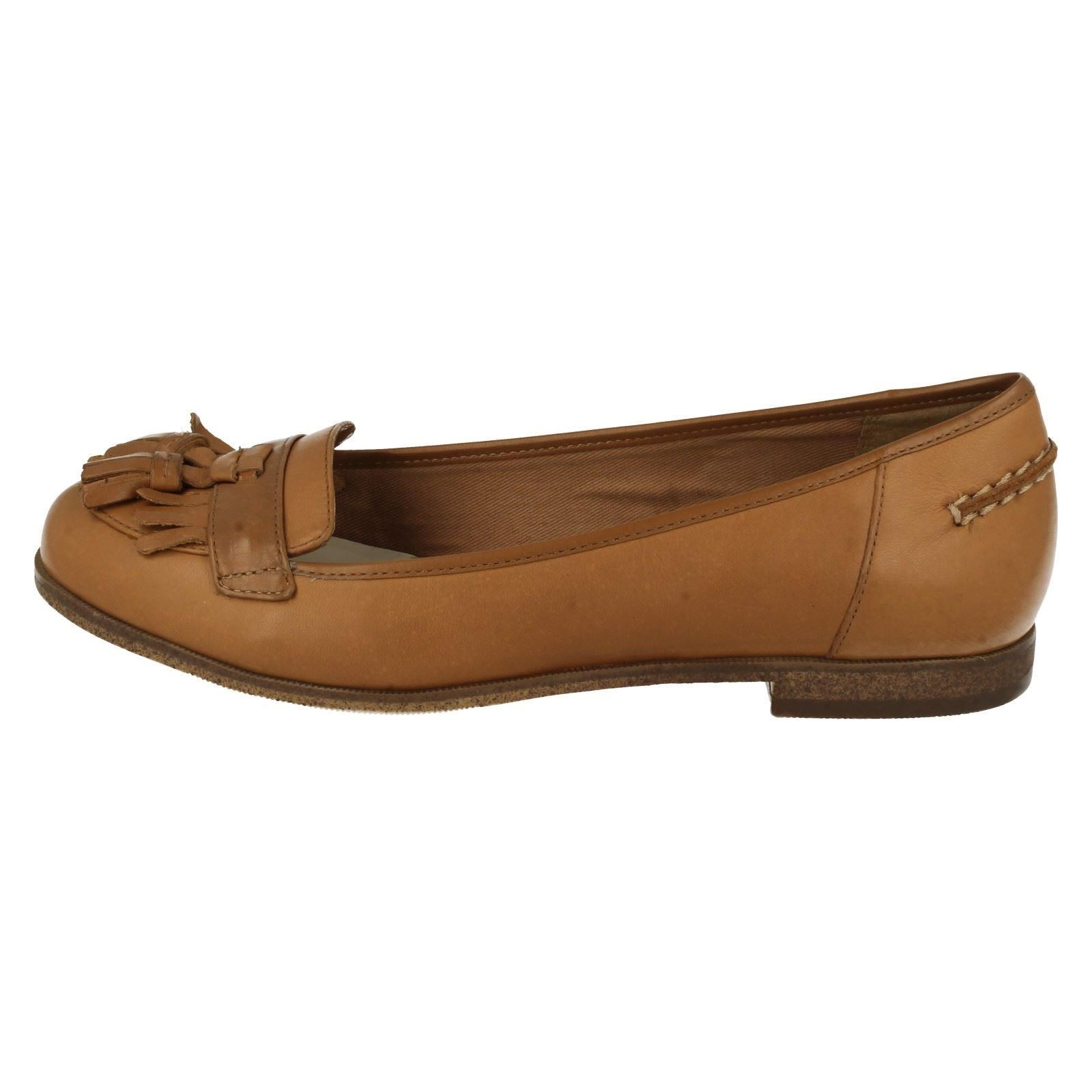 Ladies Clarks Loafer Flats With Tassel Trim Angelica Slice