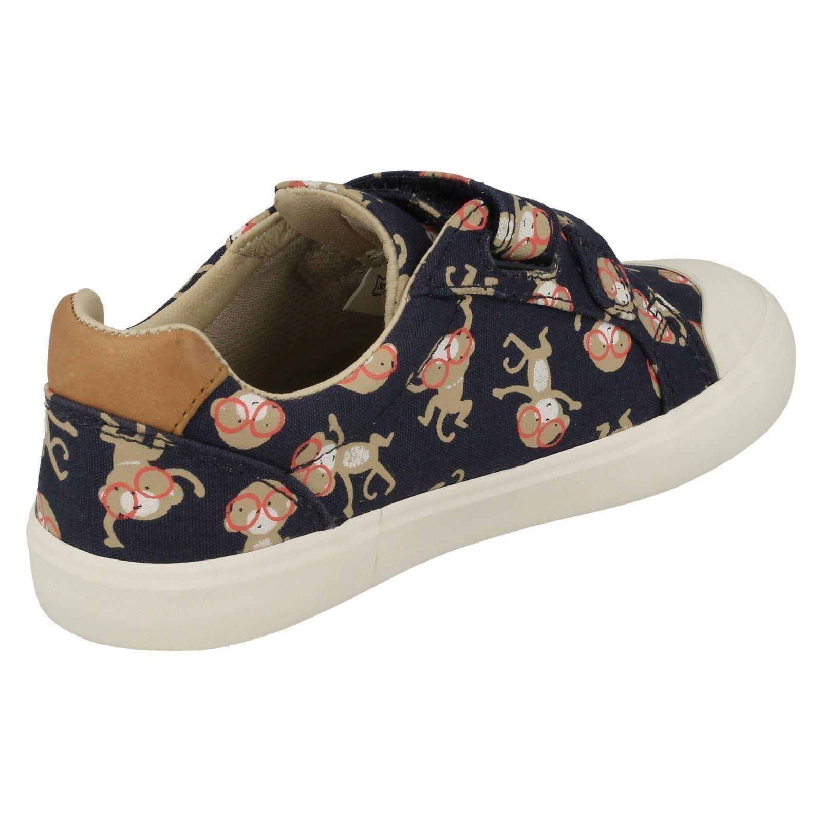 d482d50d477 Boys Clarks Canvas Shoes  Comic Air