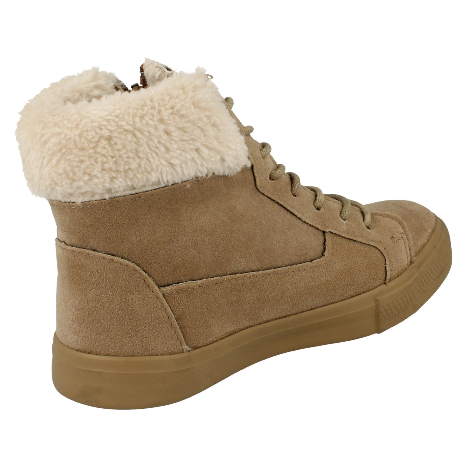 Girls Spot On Suedette Ankle Boots H4102