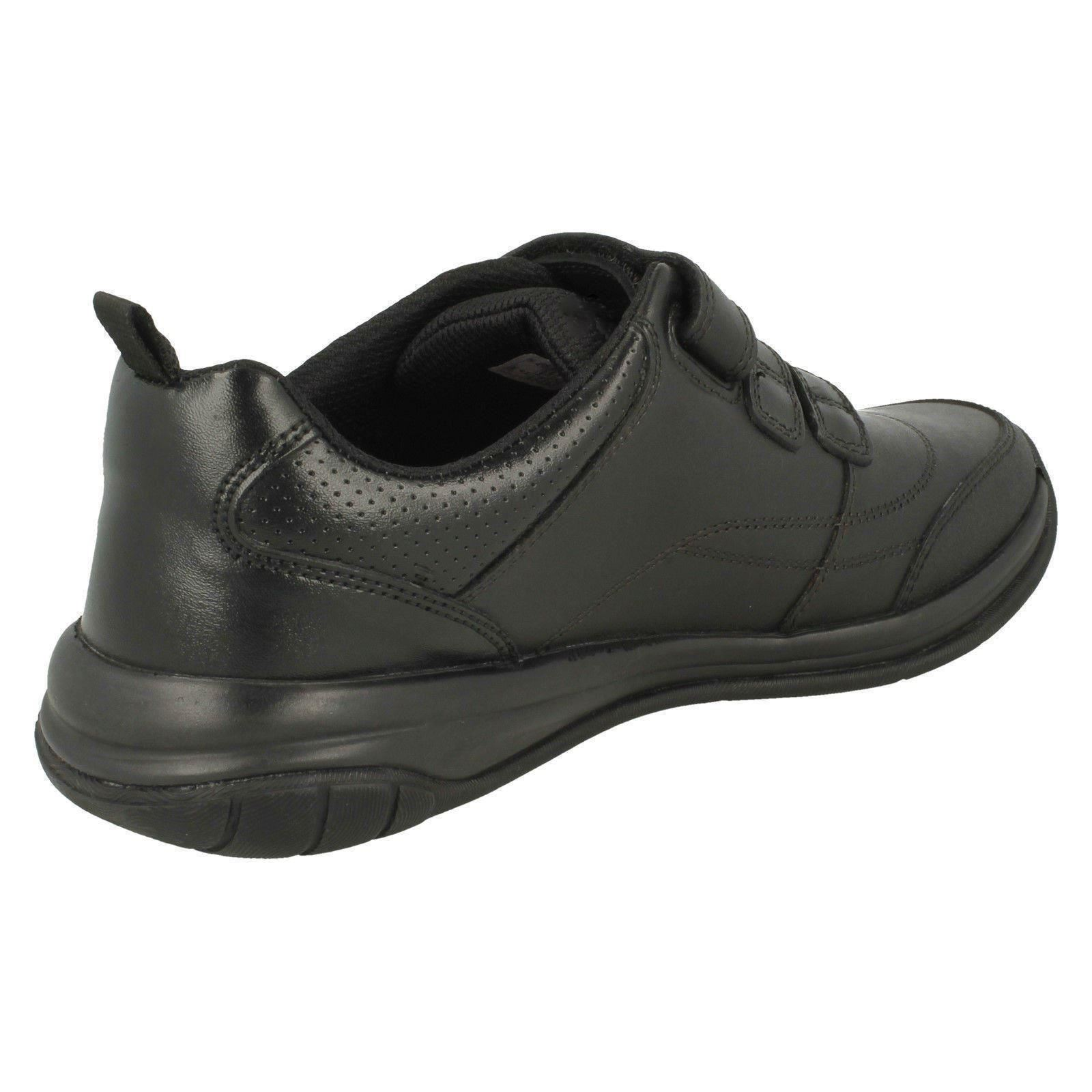 Thrill Black Clarks escolares gancho y niños de Hula lazo con cierre para Zapatos 4P1g7n