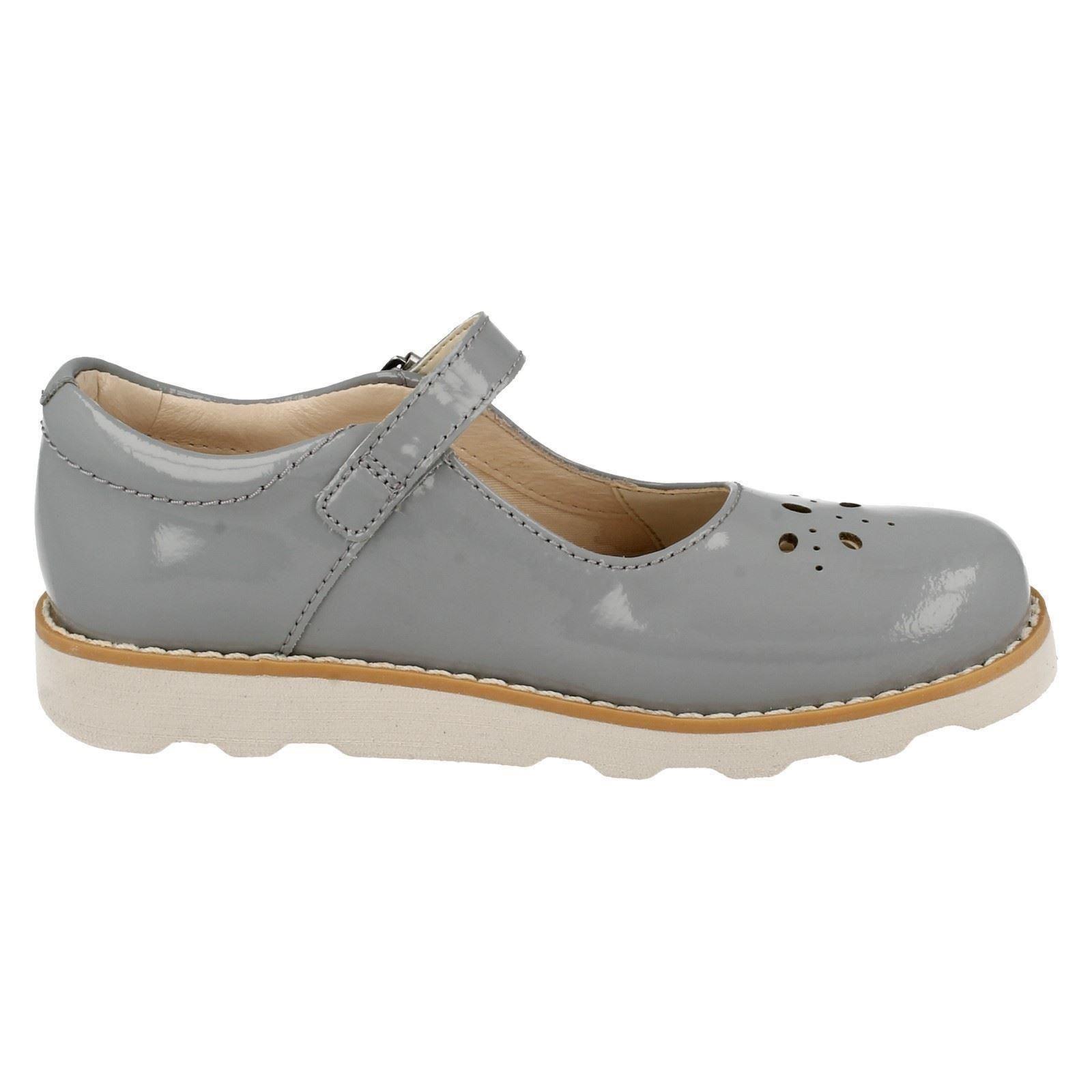 Crown Posy /'Infant//Junior Girls Clarks/' Smart Shoes