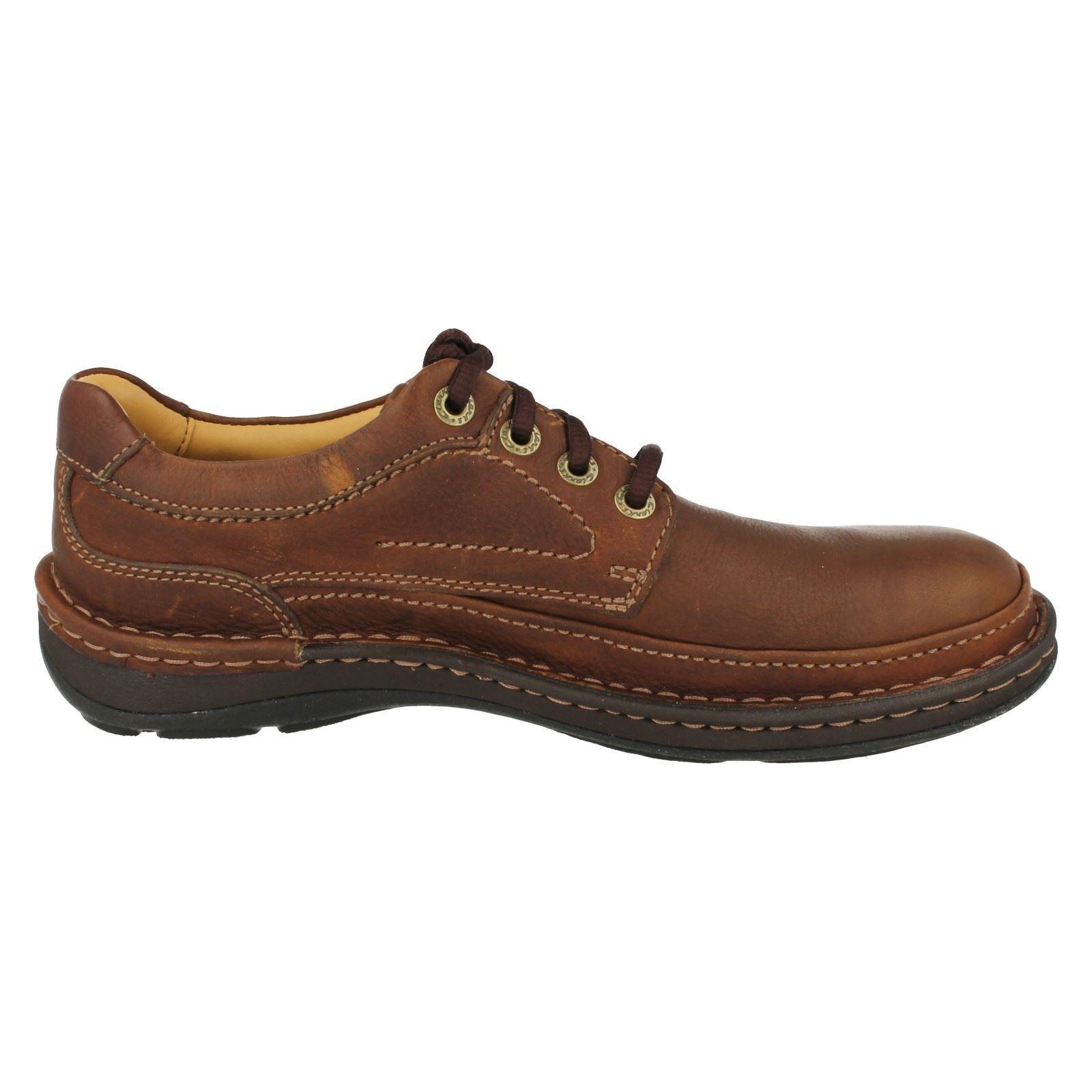 Clarks Air Flow Shoes
