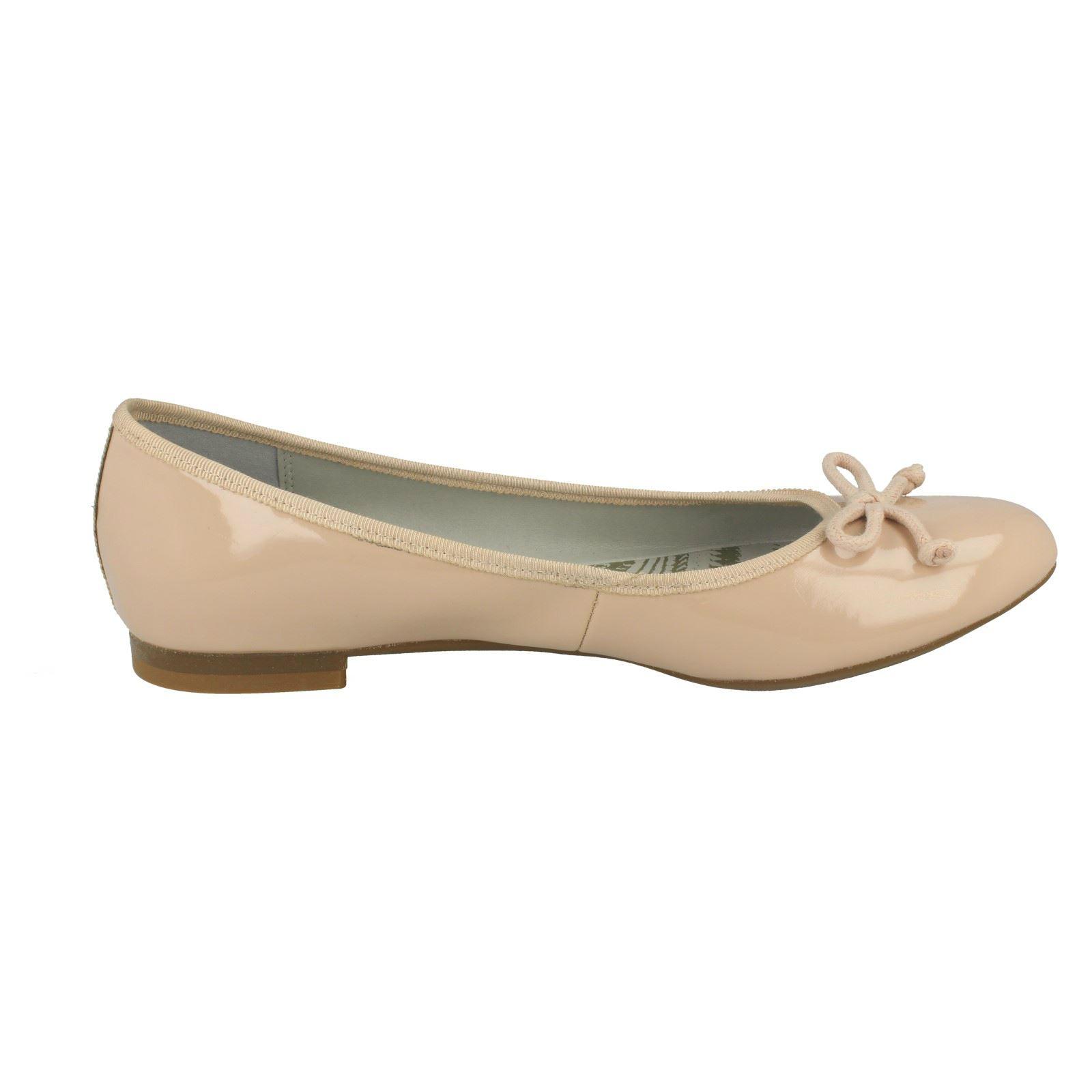 Ladies-Clarks-Carousel-Ride-Flat-Ballerina-Shoes