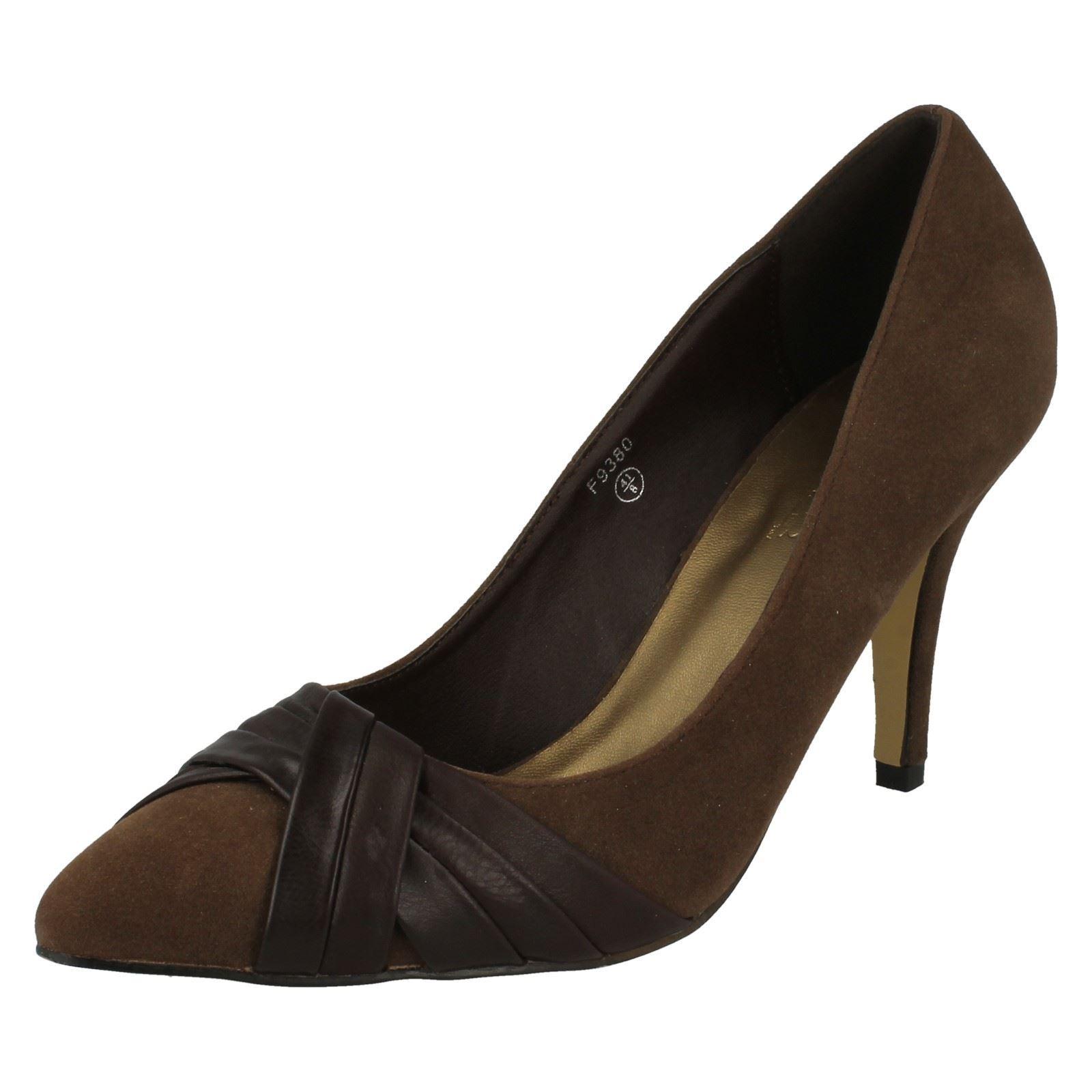 Spot on Damas Puntera en Punta Court Shoe
