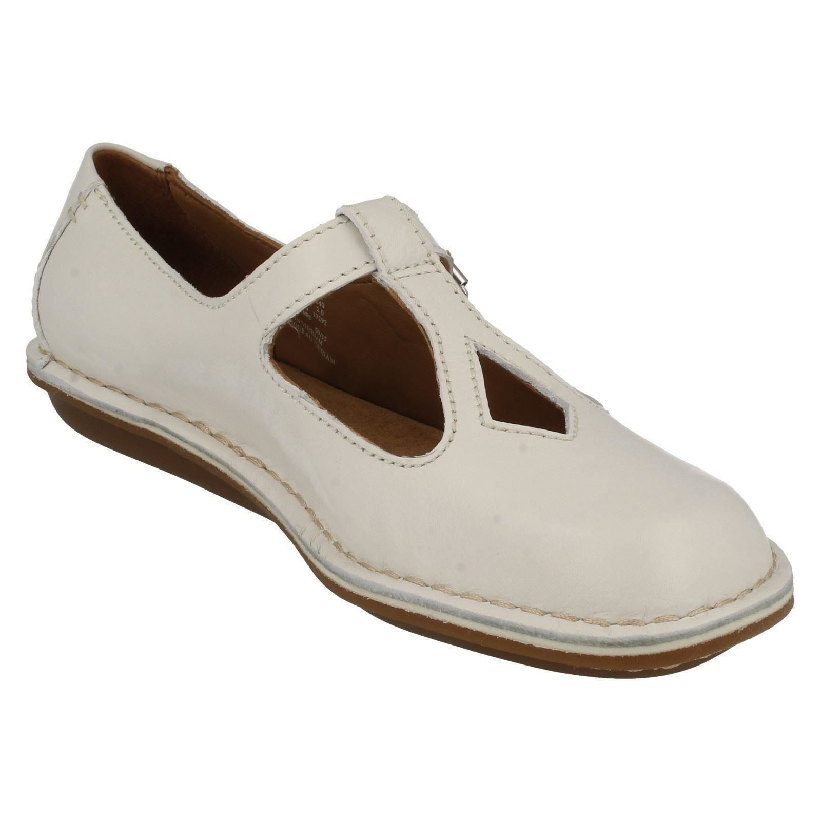 392a5de6331a Ladies-Clarks-T-Bar-Flat-Shoes-Tustin-Talent thumbnail