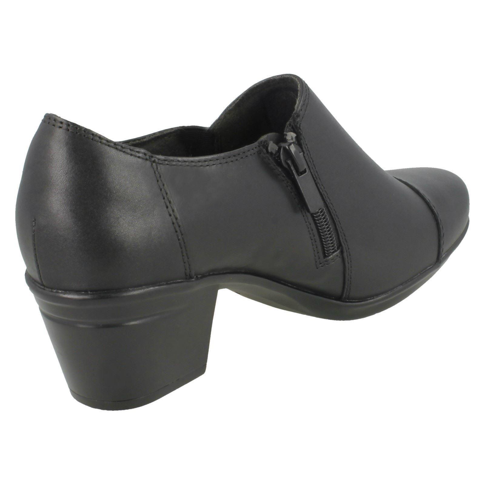 mesdames clarks zip des chaussures à talons emslie emslie emslie warren | Matériaux De Haute Qualité  4a9334