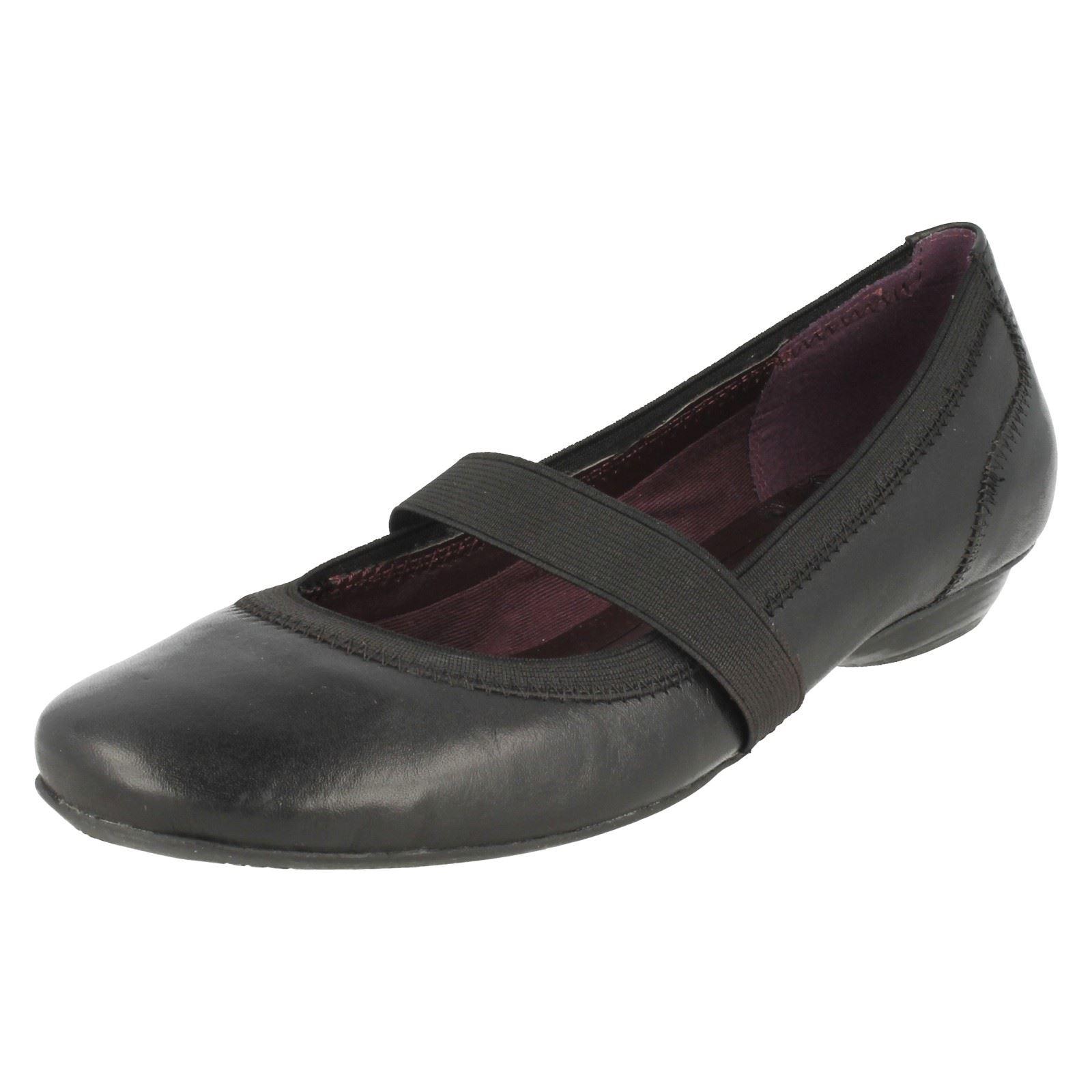 Zapatos Clarks estilo mujer para estilo ballet negro Hallo Star wSqp7