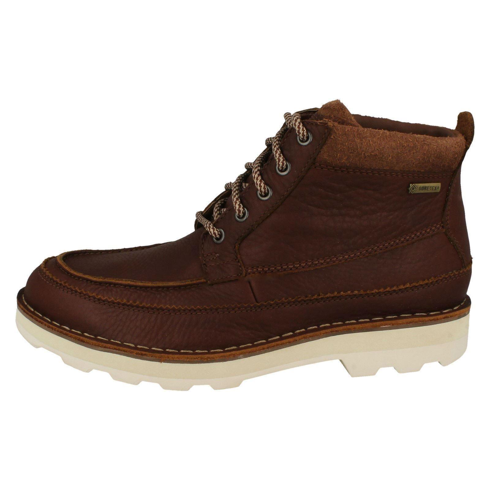 Mens Clarks Casual Gore-Tex Boots - Korik Rise