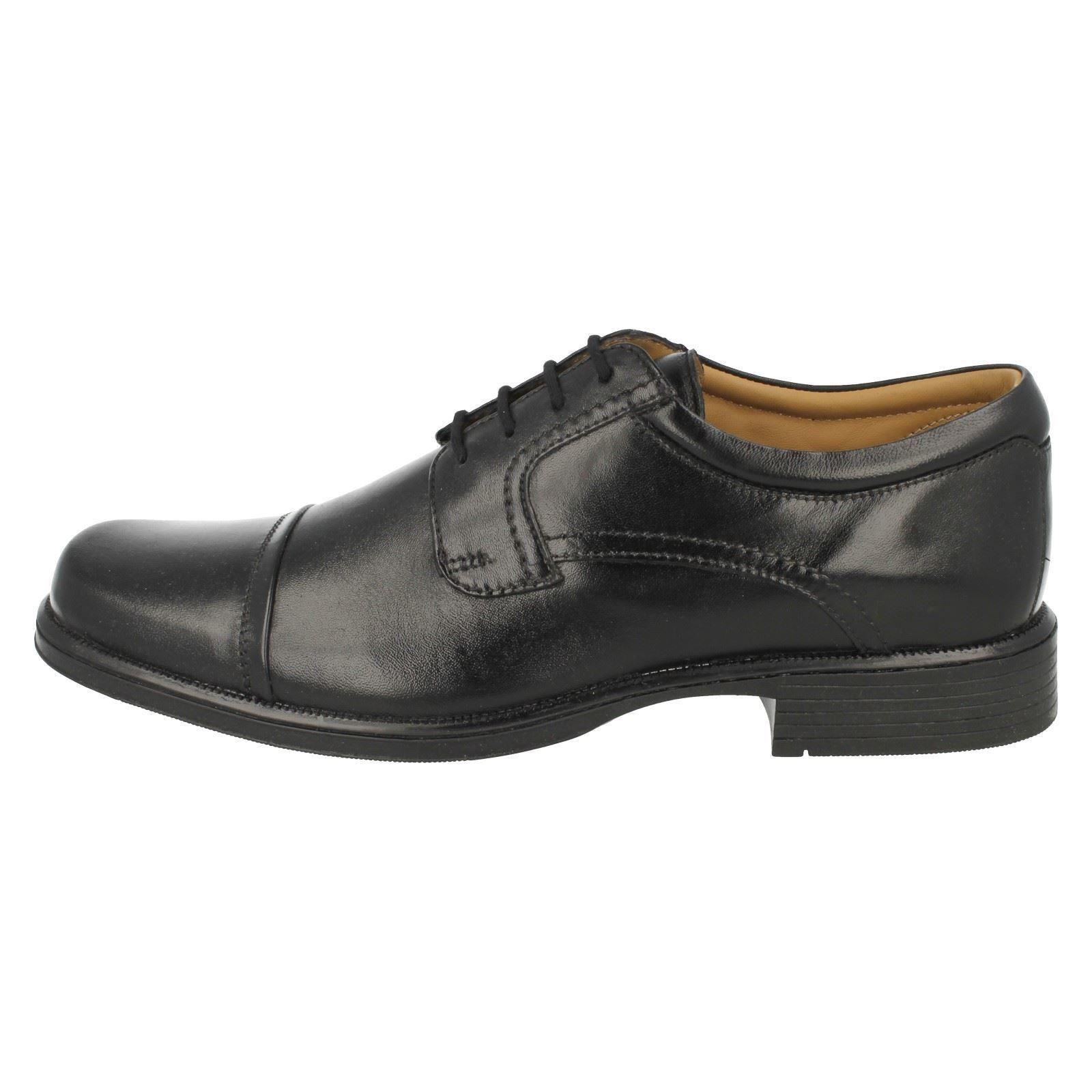 Clarks Formal Zapatos Con Cordones Para hombre Gancho Cap'