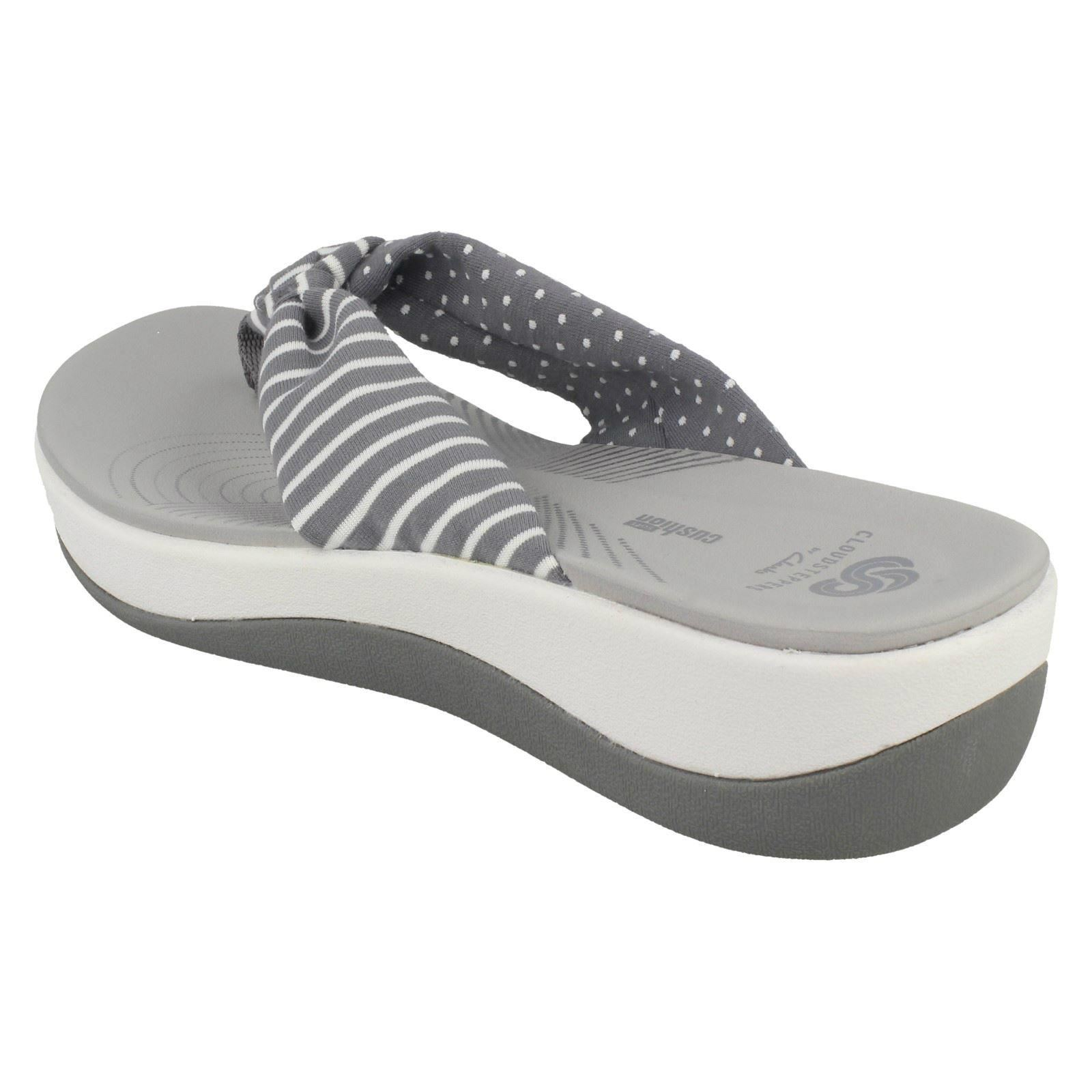 2e3497d95084 Clarks Arla Glison Ladies Cloudsteppers Toe Post Sandal Navy Combi UK 4.  About this product. Picture 1 of 10  Picture 2 of 10  Picture 3 of 10   Picture 4 of ...