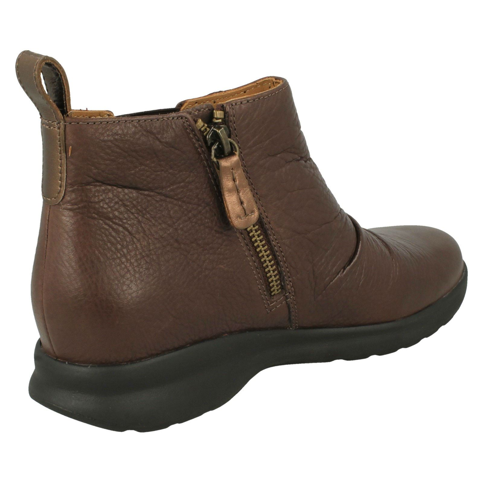 Ladies Clarks Casual Zip Fastening Ankle Boot /'Un Adorn Mid/'