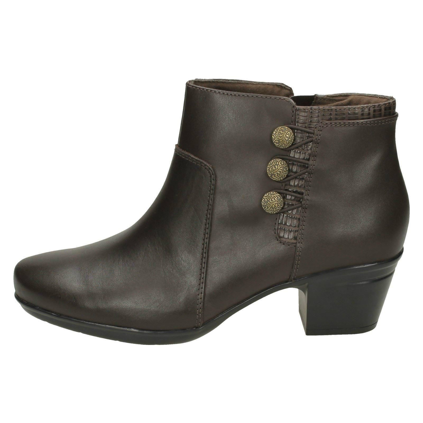 Ladies Clarks Emslie Monet Leather Smart Ankle Boots E Fitting