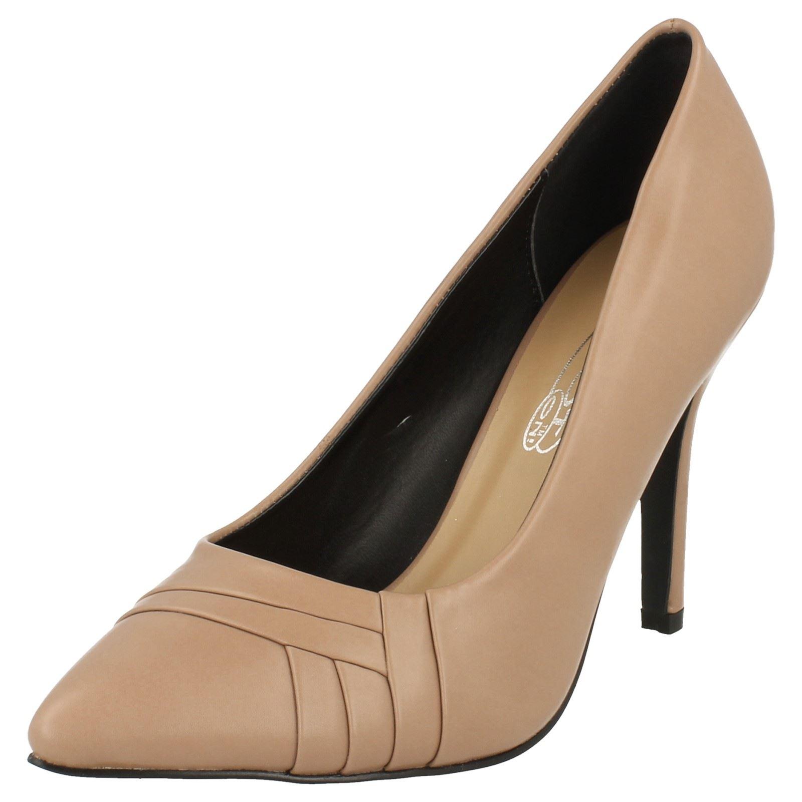 Damas Spot On Puntera en Punta Tribunal Zapatos
