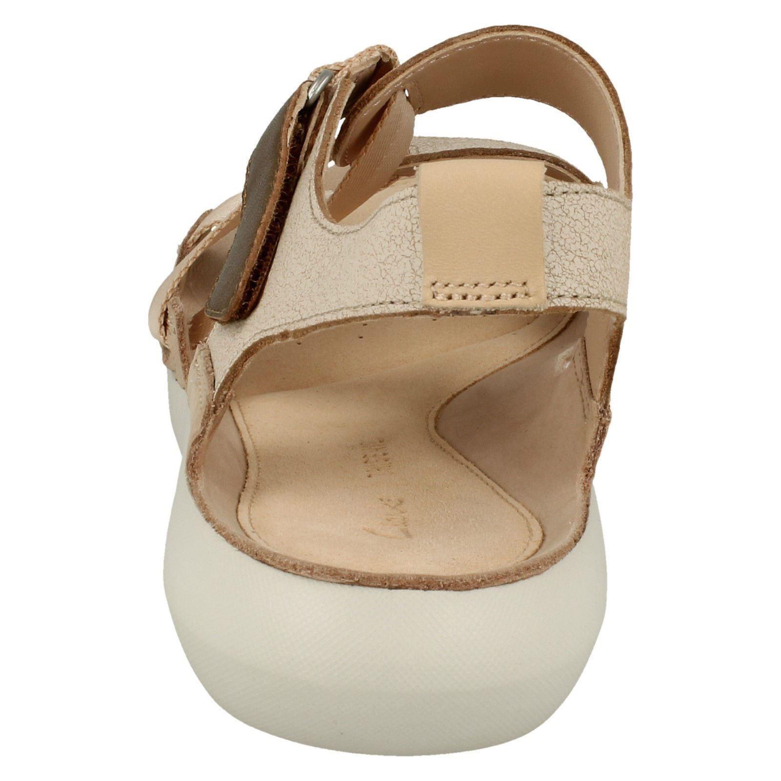 Ladies Clarks Sporty Leather Sporty Clarks Sandals *Tri Clover* ac705b