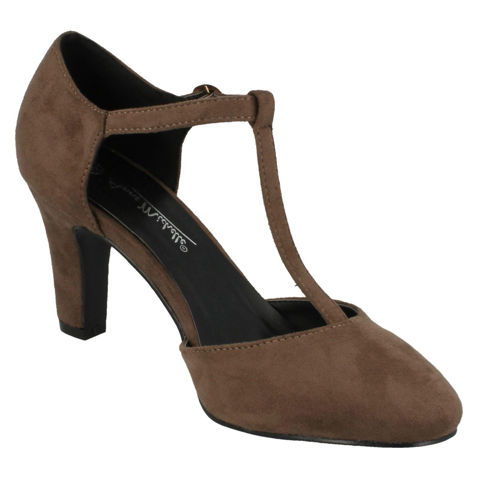 Ladies-Anne-Michelle-T-Bar-Smart-Shoes thumbnail 44