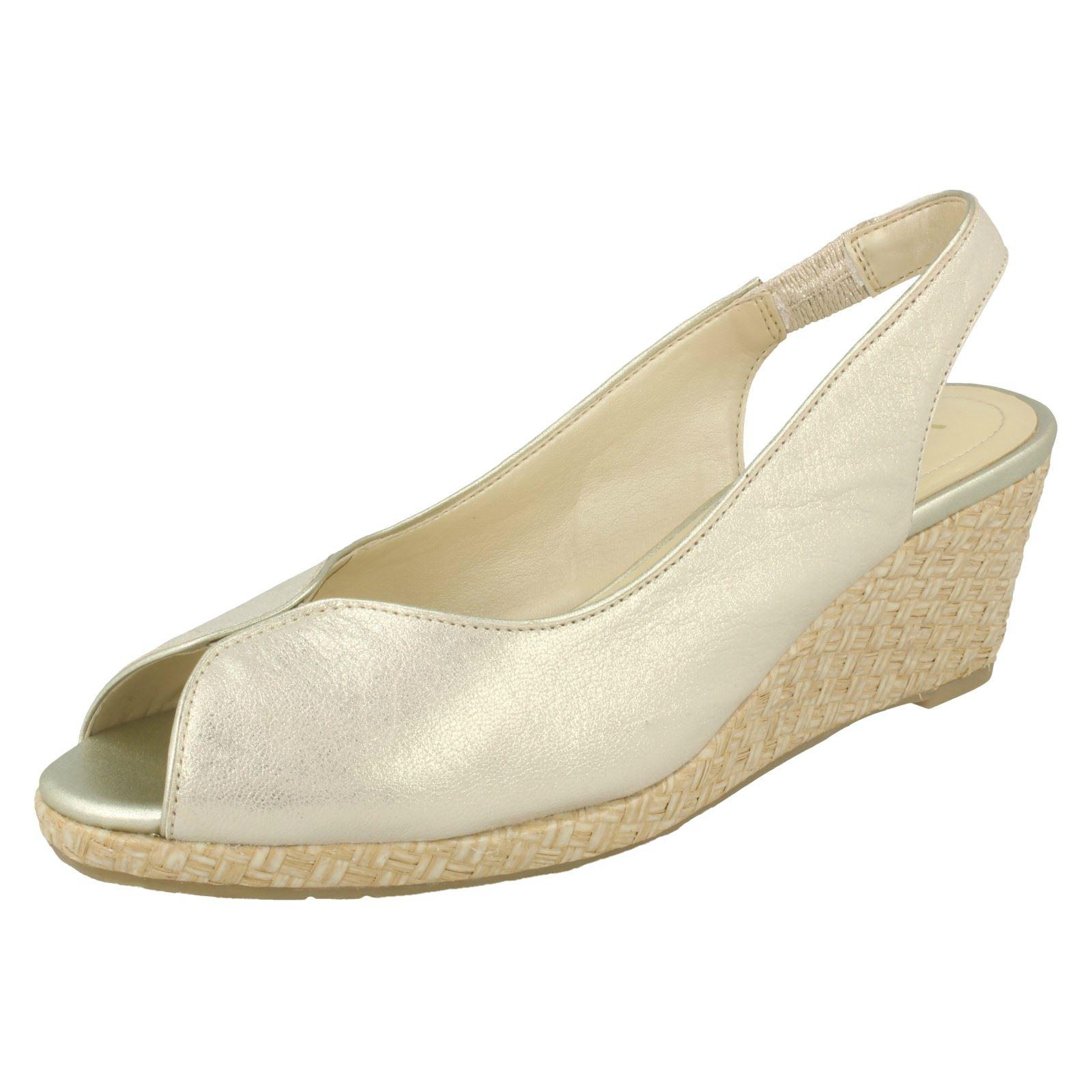 Damen Van Dal Leder Keil Sandale mit Gewebtes Detail - Avalon