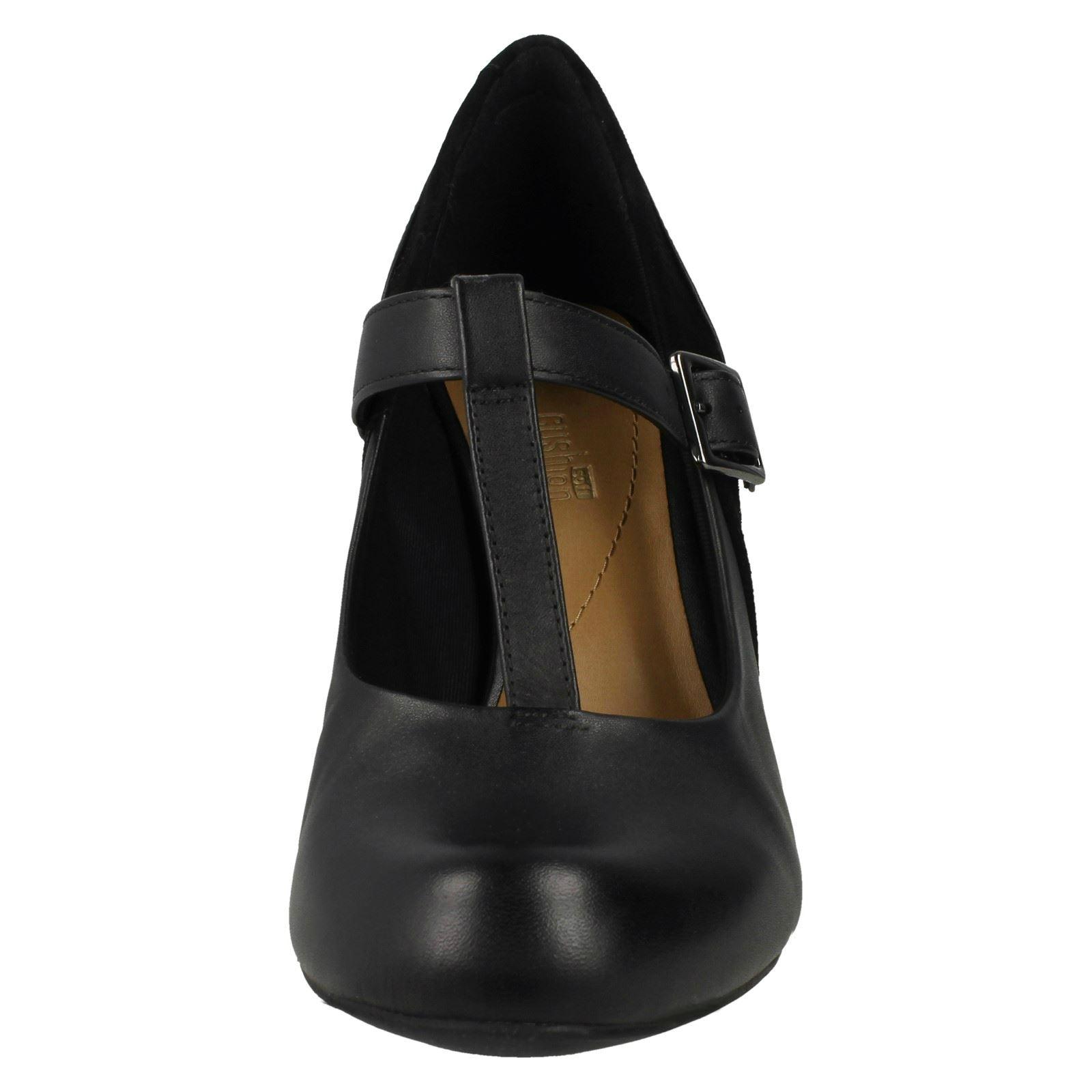 Messieurs / Dames Clarks Femmes Clarks Dames T-Bar Smart Chaussures-Cool Lass Forte chaleur et résistance à l'usure Apparence agréable Divers derniers modèles da9d28