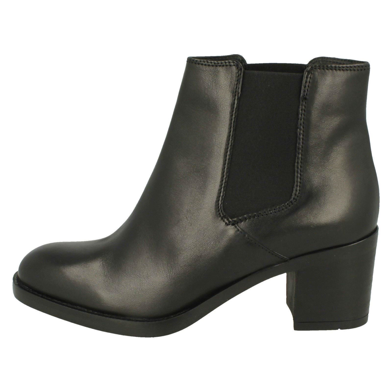Ladies Clarks Ankle Boots Boots Boots 'Mascarpone Bay' 64ad24