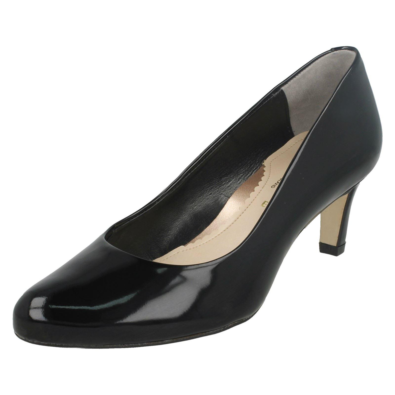 Details about Ladies Van Dal Court Shoe Lowe