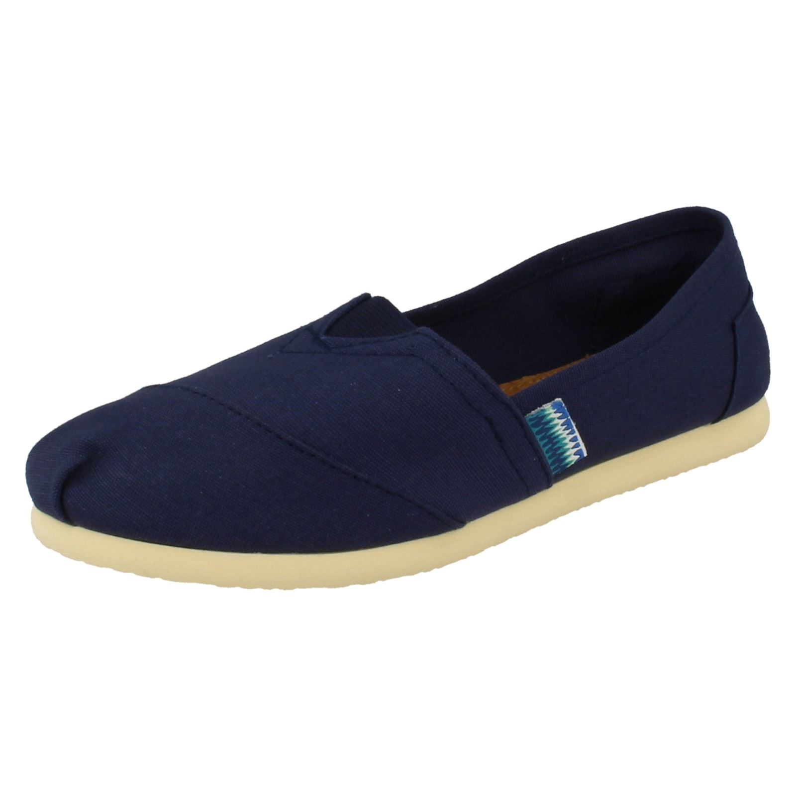 Mujeres Spot on Flat Escudete Slip On 'F8780'