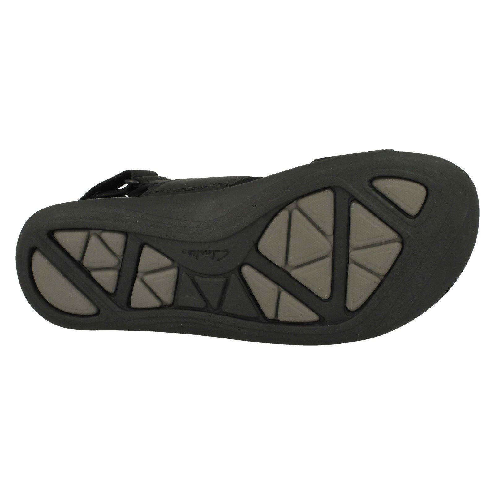 Mens Clarks Strapped Sandals 'Garratt Active'