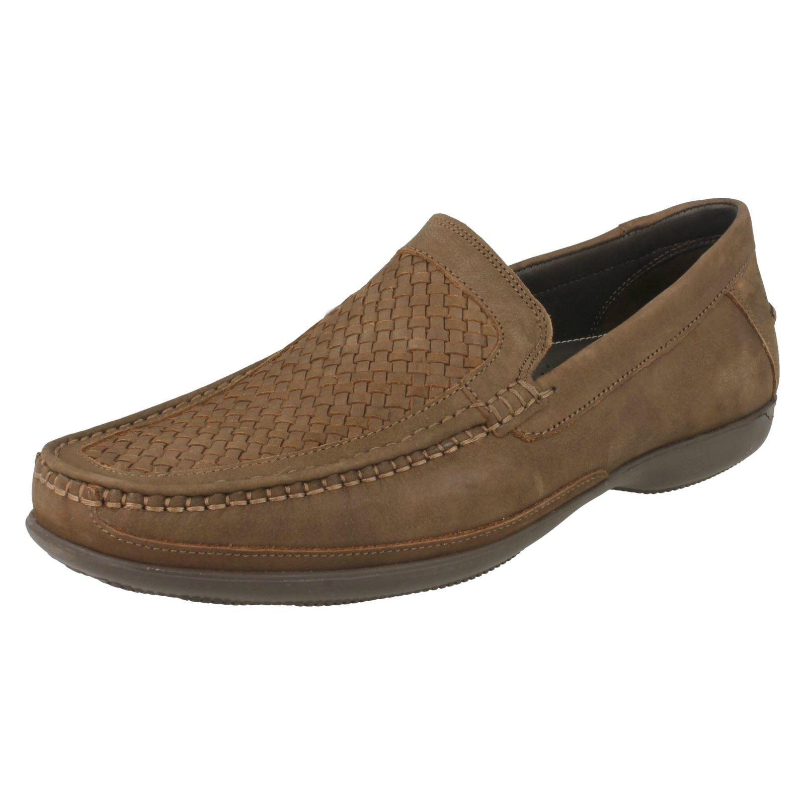 66f859d0dd25 Herren Clarks Formell Slipper Schuhe  Feine Webart    eBay