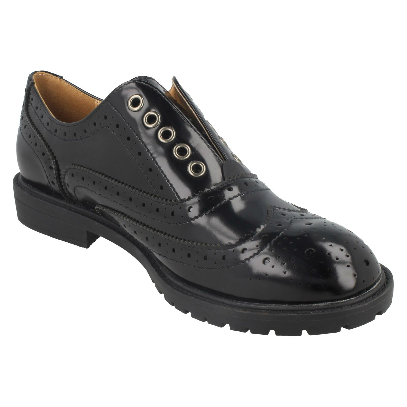 SALE Ladies spot on brogue style  shoes F9869
