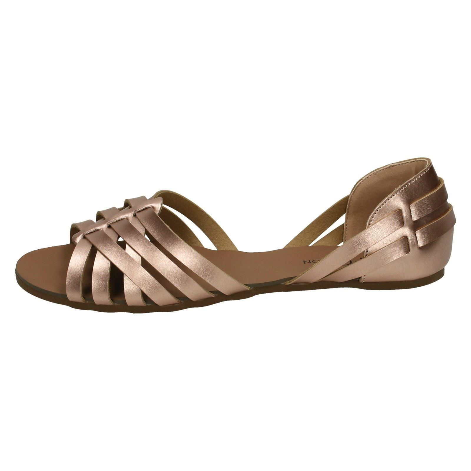 Donna Spot On Sandalo con cinturini f00051
