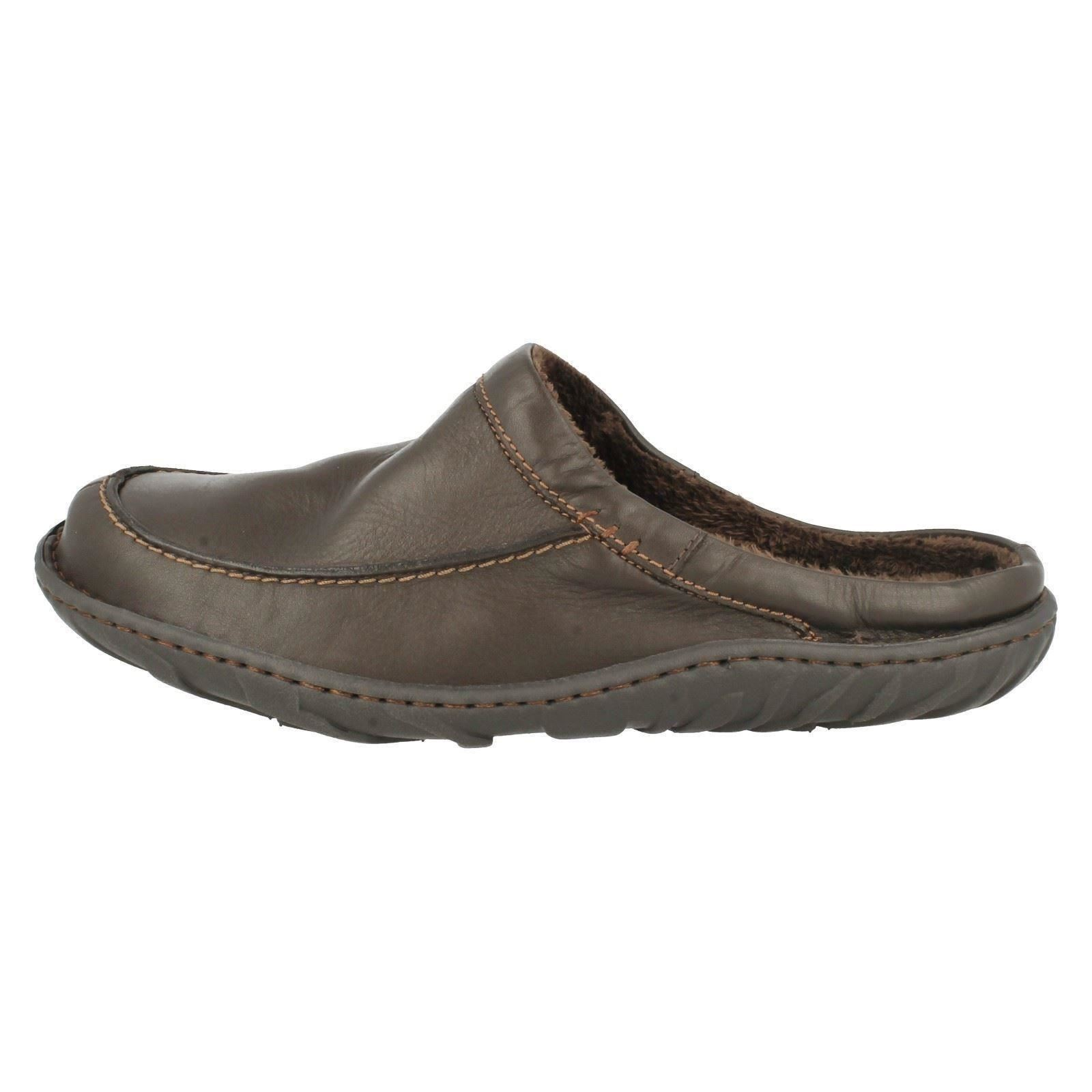 Mens Leather Slippers Sale: Save Up to 40% Off! Shop janydo.ml's huge selection of Mens Leather Slippers - Over 20 styles available. FREE Shipping & Exchanges, and a % price guarantee!
