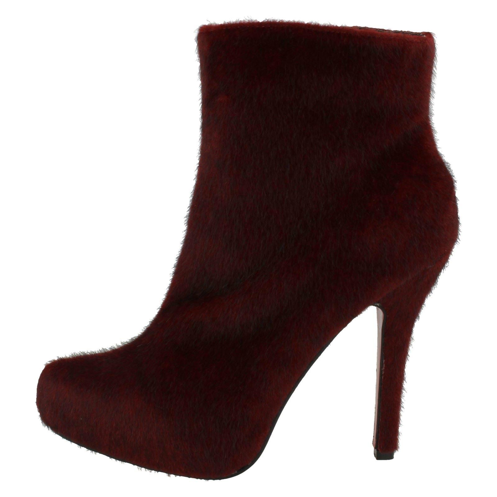 Ladies-Spot-On-Platform-Ankle-Boot