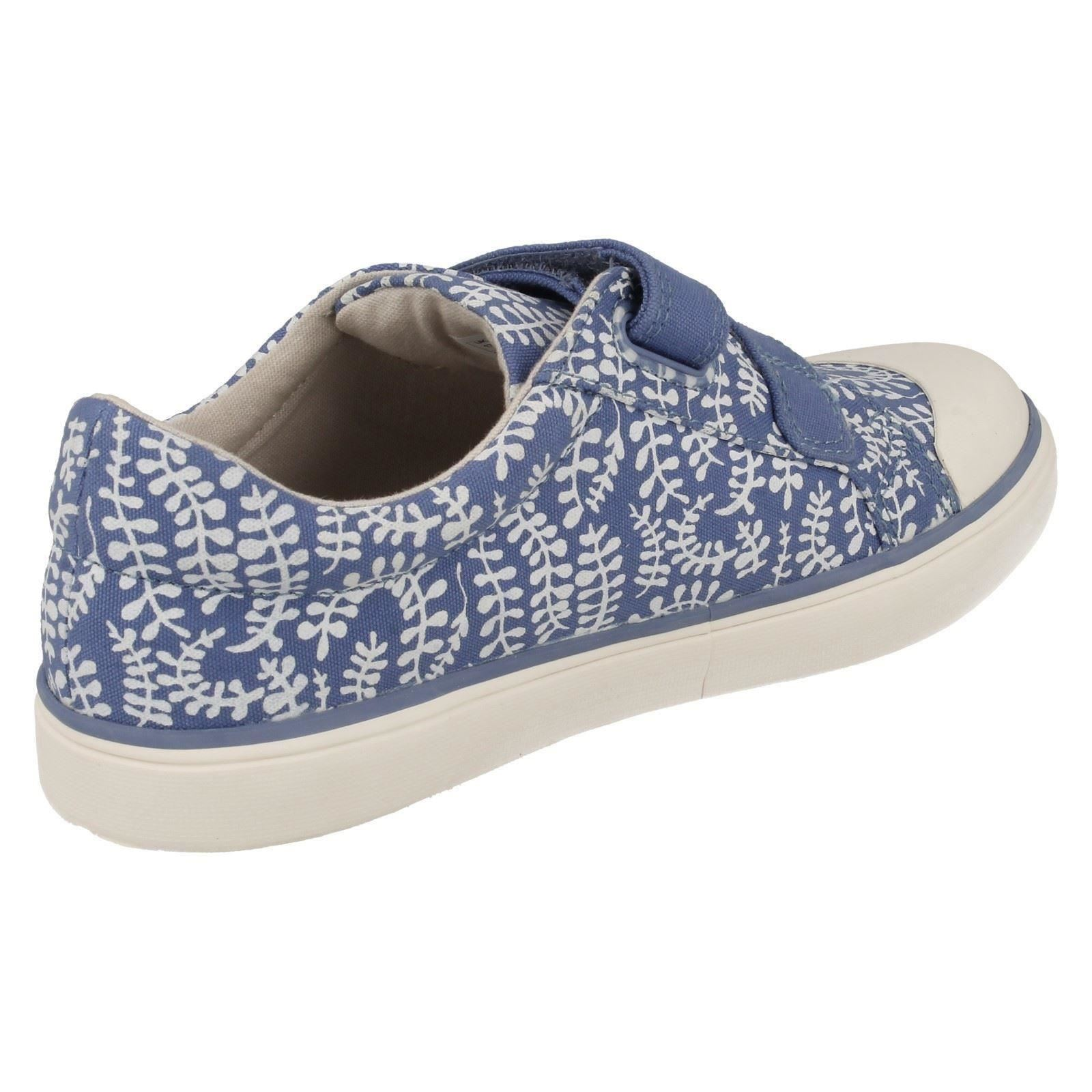 'Infant/Junior Girls Clarks' Rounded Toe Riptape Strap Canvas Pumps - Brill Ice
