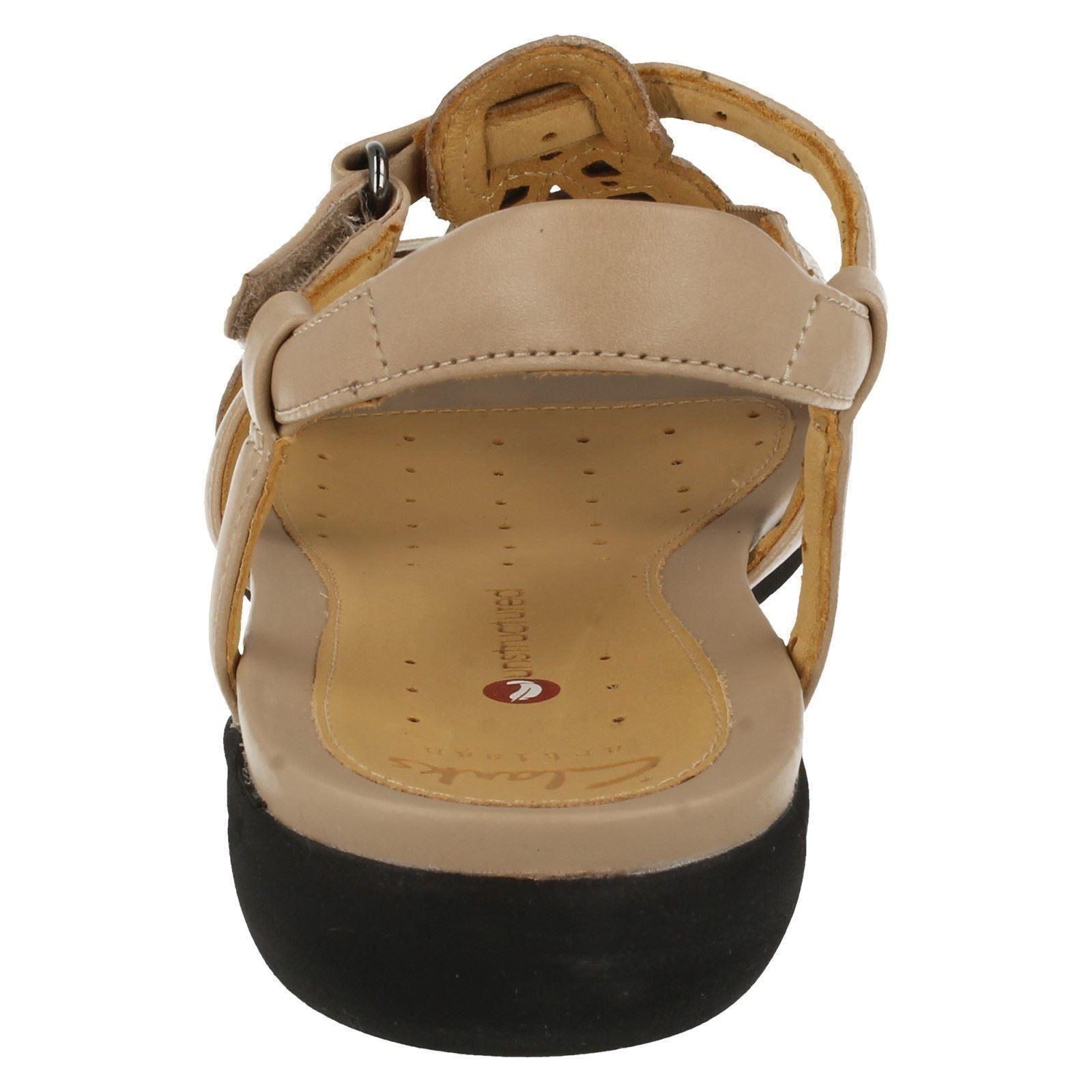 Clarks ouvert Clarks pour cuir bout à bout à en femmes et femmes ouvert beige Valencia Sand Un pour Sandales qEzAp7