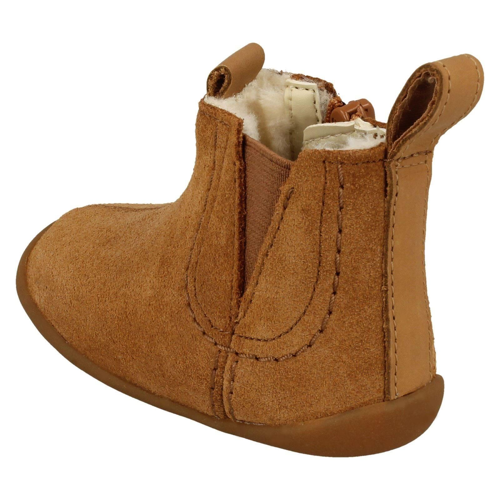 Childrens Clarks Warm Lined Ankle Boots Roamer Free T