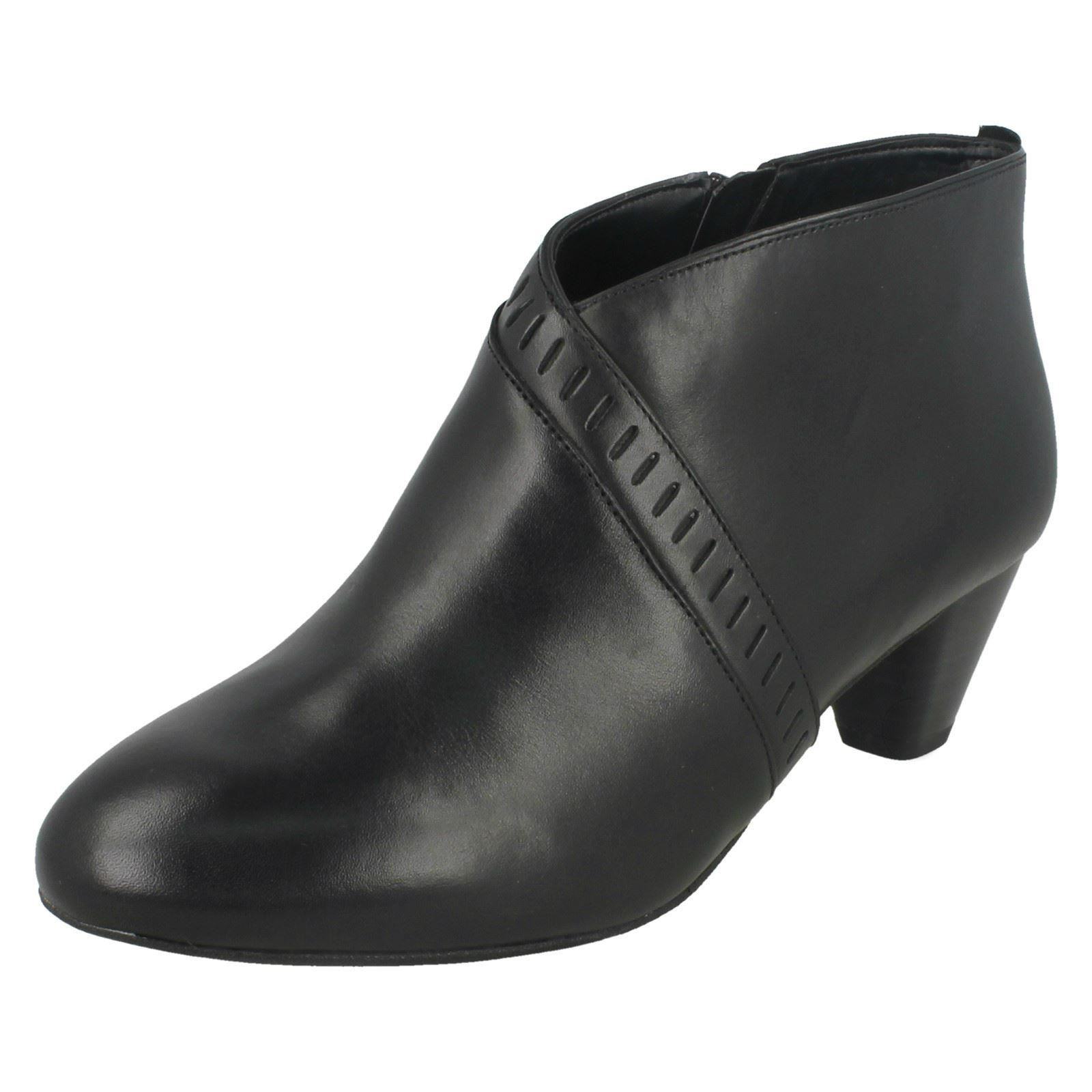 Ladies Clarks Denny Casual Zip Ankle Boots Denny Clarks Frances a4804c
