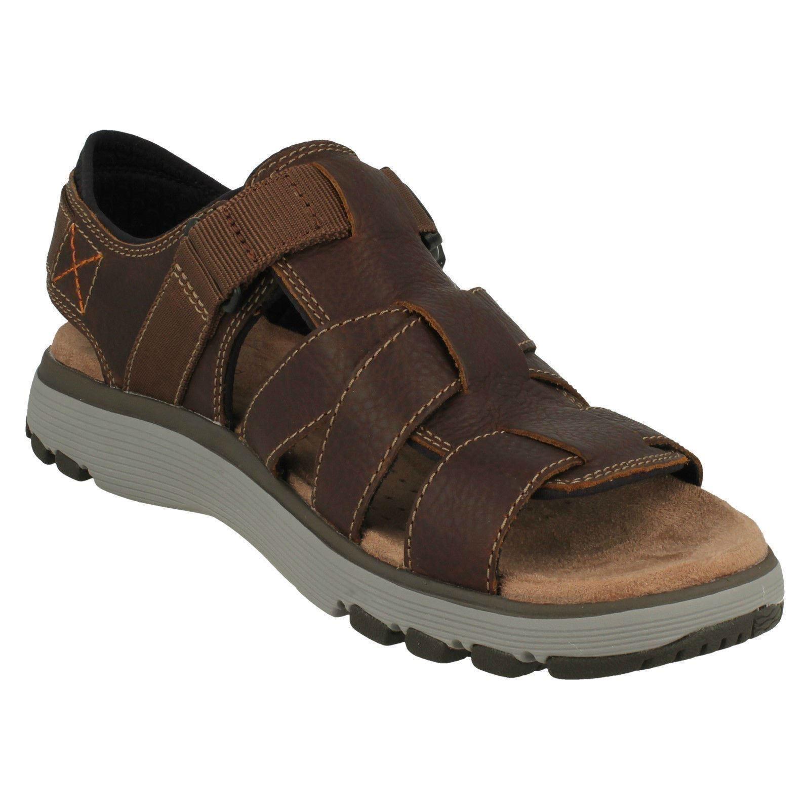 5bd6af75c8a2 Mens Clarks Casual Strapped Sandals - Un Trek Cove