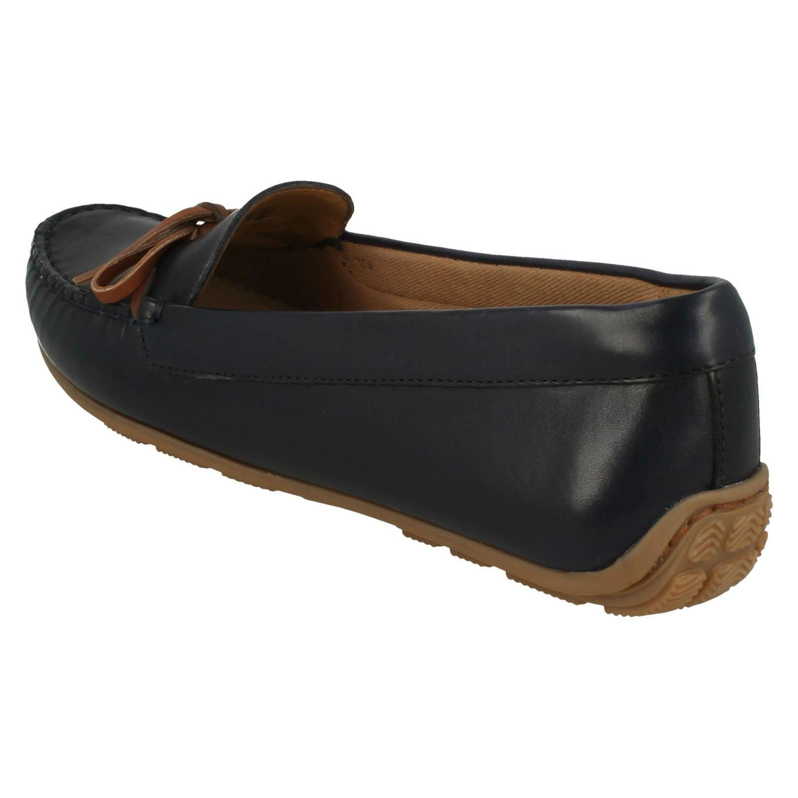 Ladies Clarks Leather Slip On Loafer Moccasin Style Shoes Dameo Swing