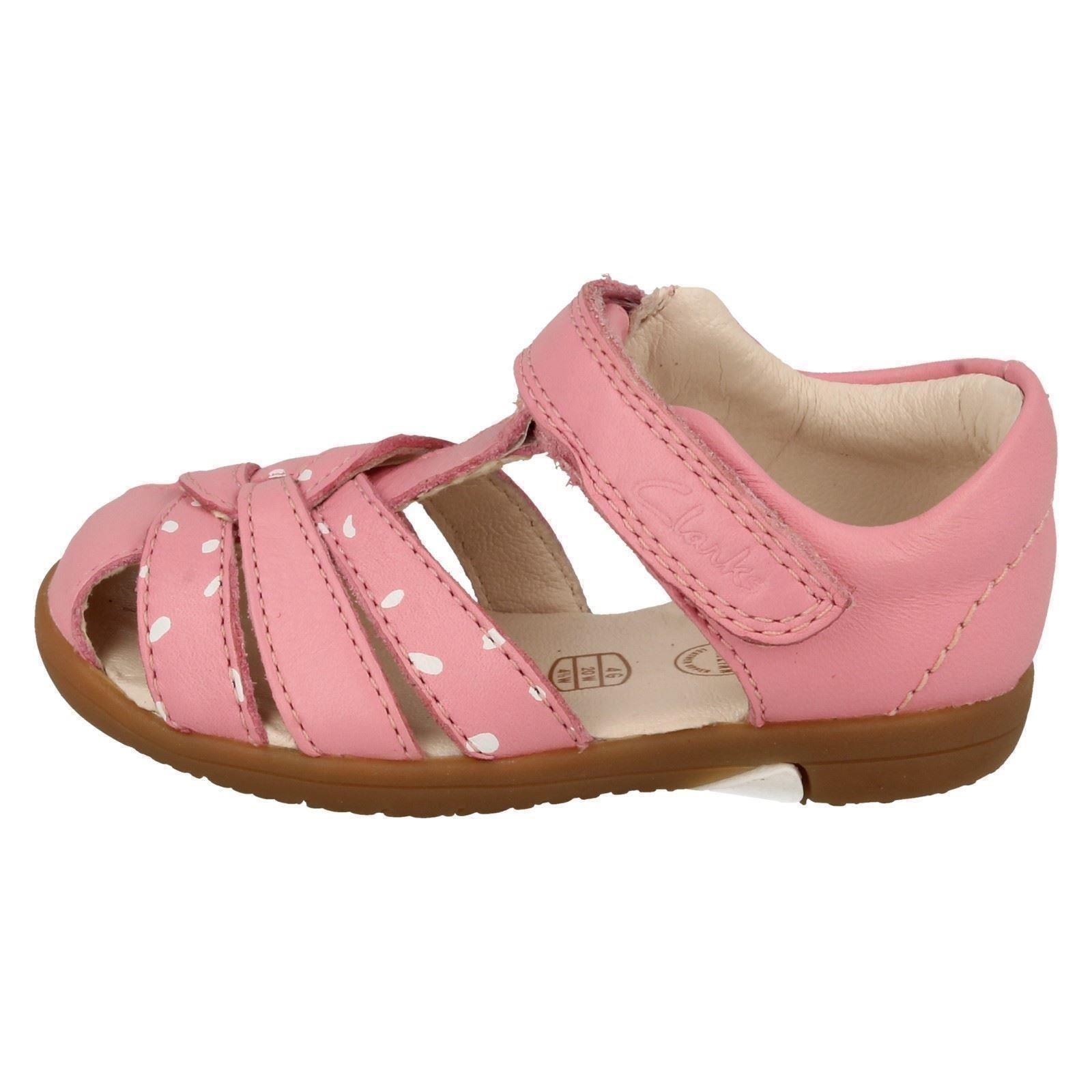 a06c4f51c2e Girls-Clarks-Closed-Toe-Sandals-Softly-Mae thumbnail 12