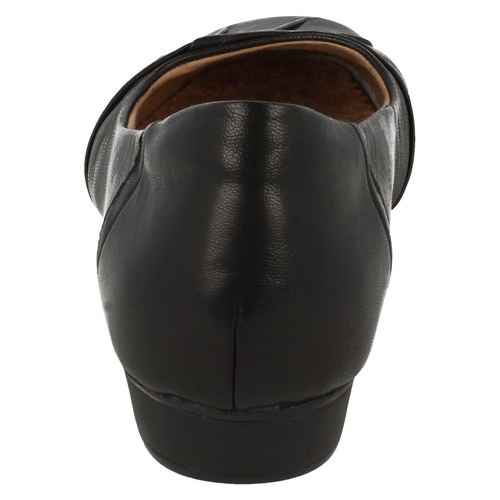 Fria Slip Shoes Smart Clarks Blanche Donna On Ballerina Nera qOXavwqx