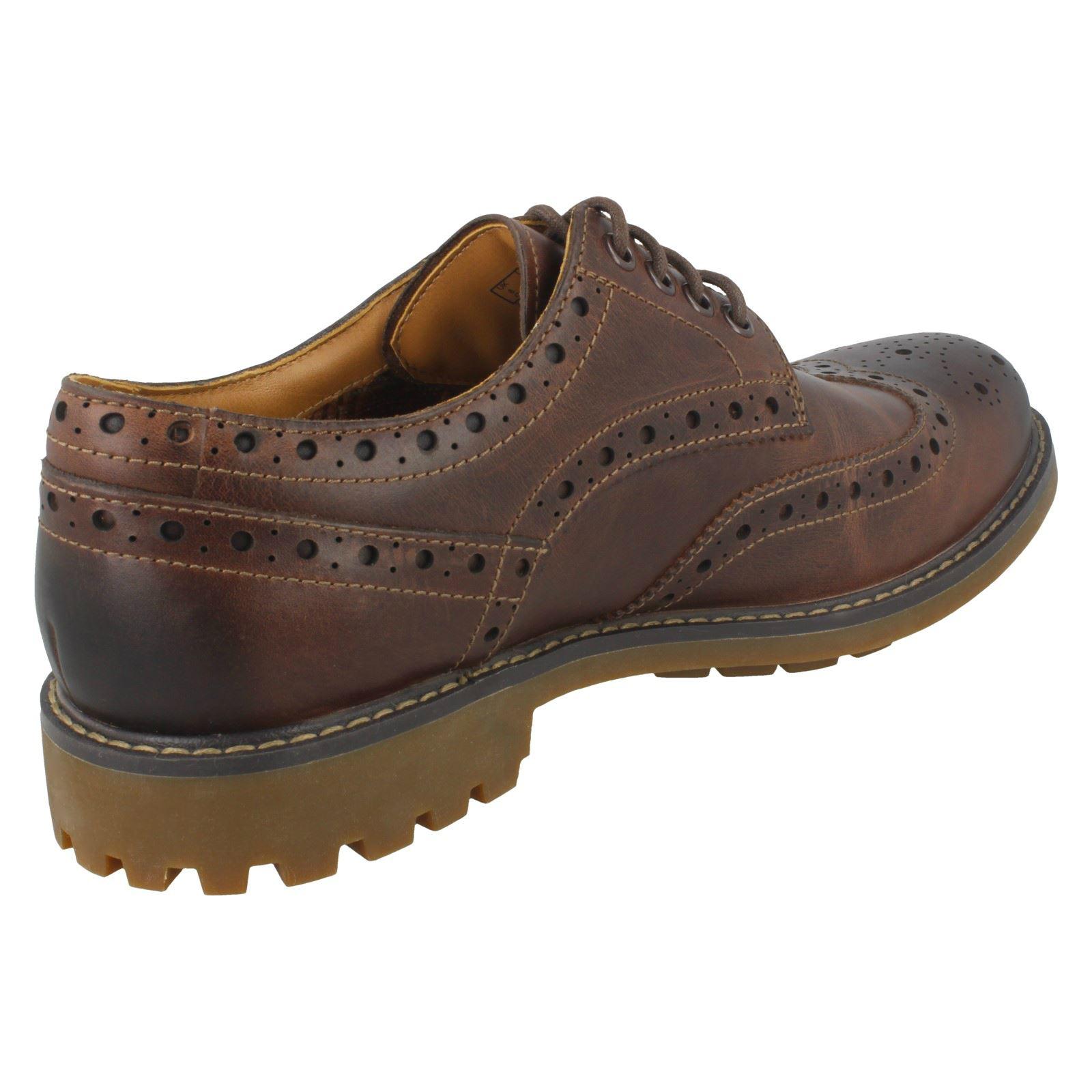 Herren Clarks Clarks Clarks Brogue Schuhes Montacute Wing 8663ea