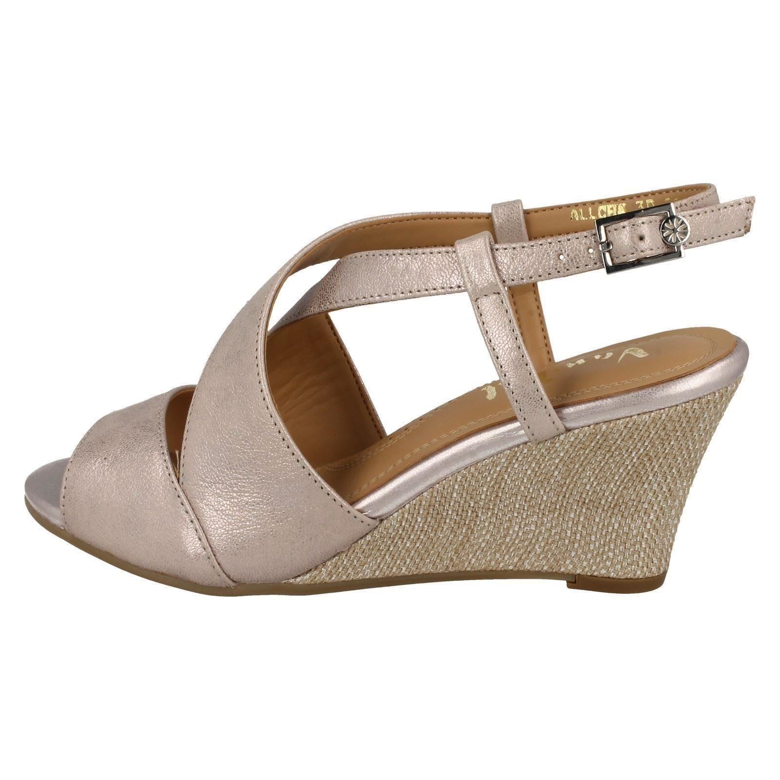 Ladies-Van-Dal-Casual-Open-Toe-Buckled-Cross-Strap-Leather-Wedged-Sandals-Allora thumbnail 3