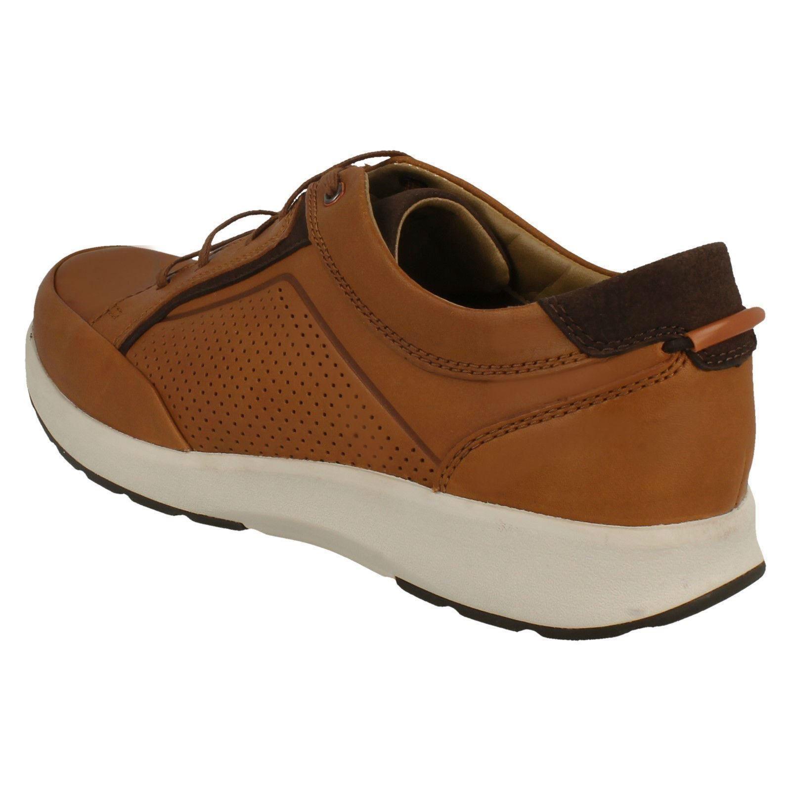Clarks zapatos Tan cordones de redondeada hombre marrón cuero con punta con y textil para Form Un y Trail 7wraq8n07