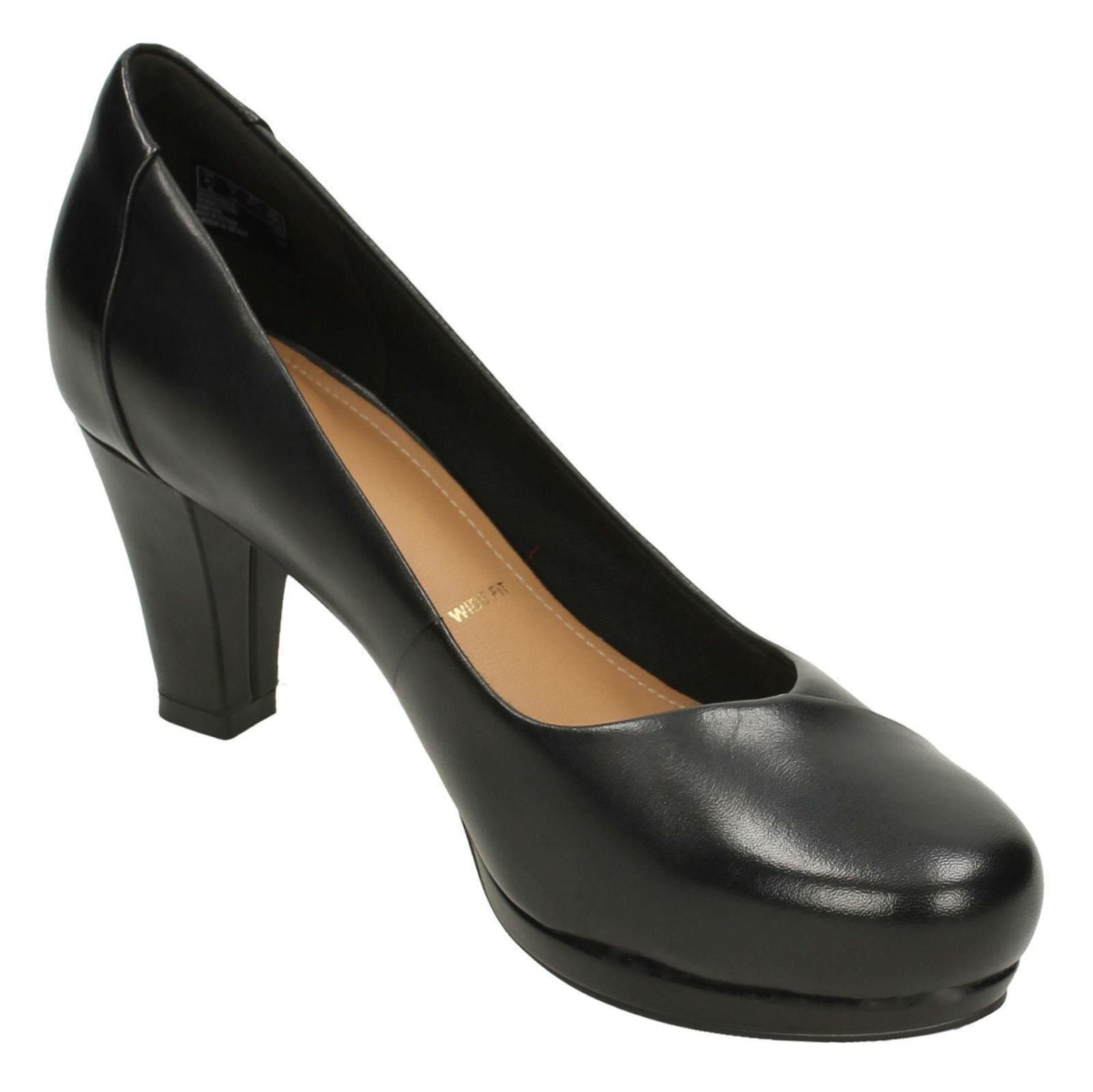 ddd047949e21 Ladies Clarks Slip on Court Shoes Chorus Carol UK 4.5 Black E. About this  product. Picture 1 of 10  Picture 2 of 10  Picture 3 of 10 ...