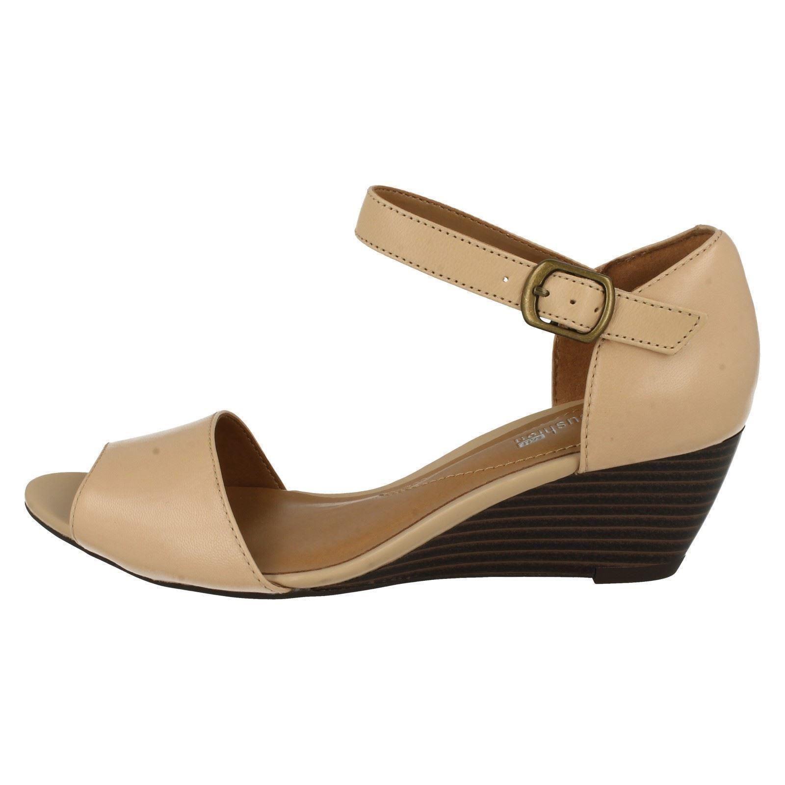 Clarks Clarks Clarks Ladies Smart Wedge Sandals Brielle Drive 8cb838