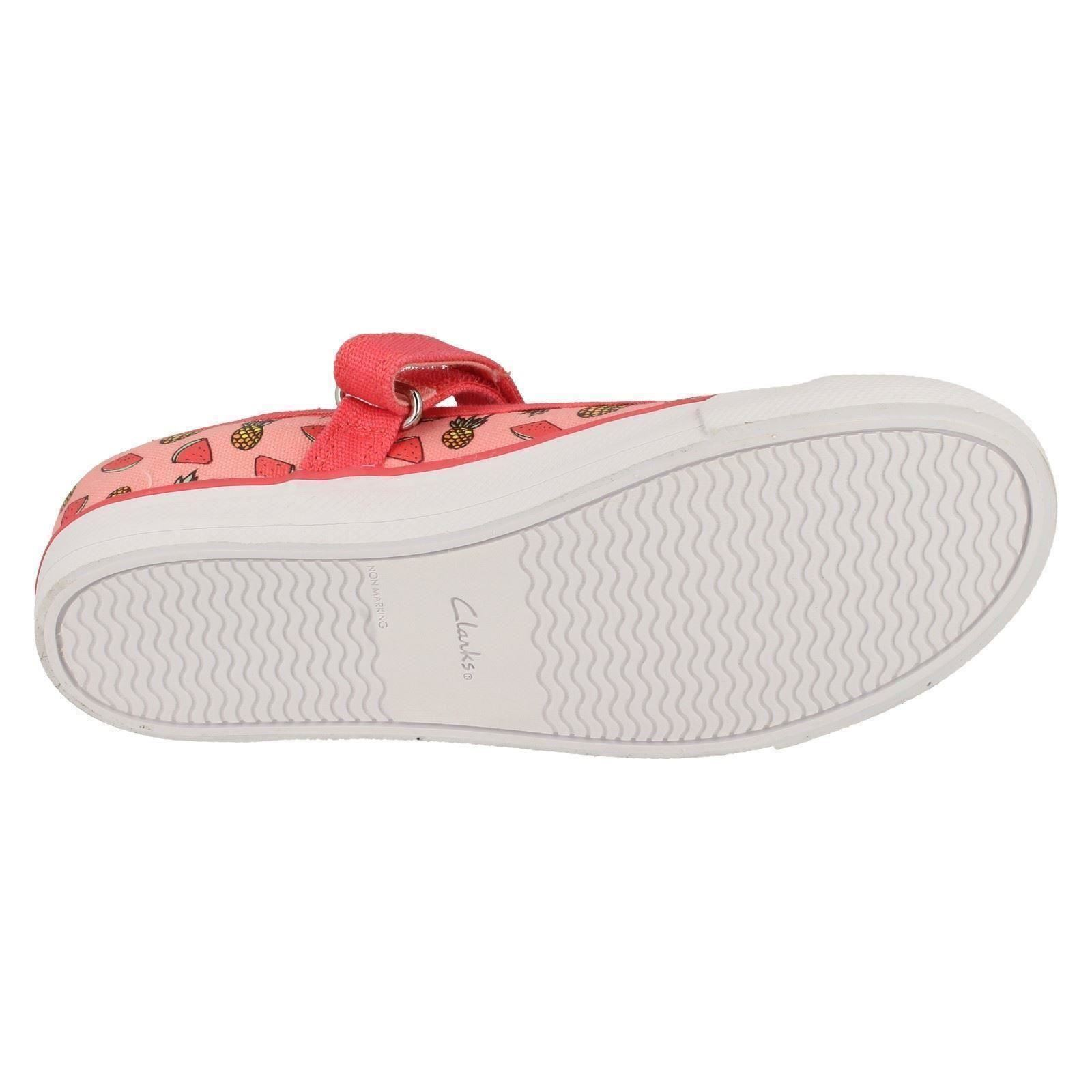 Girls Clarks Machine Washable Pumps /'Gracie Lacy/'